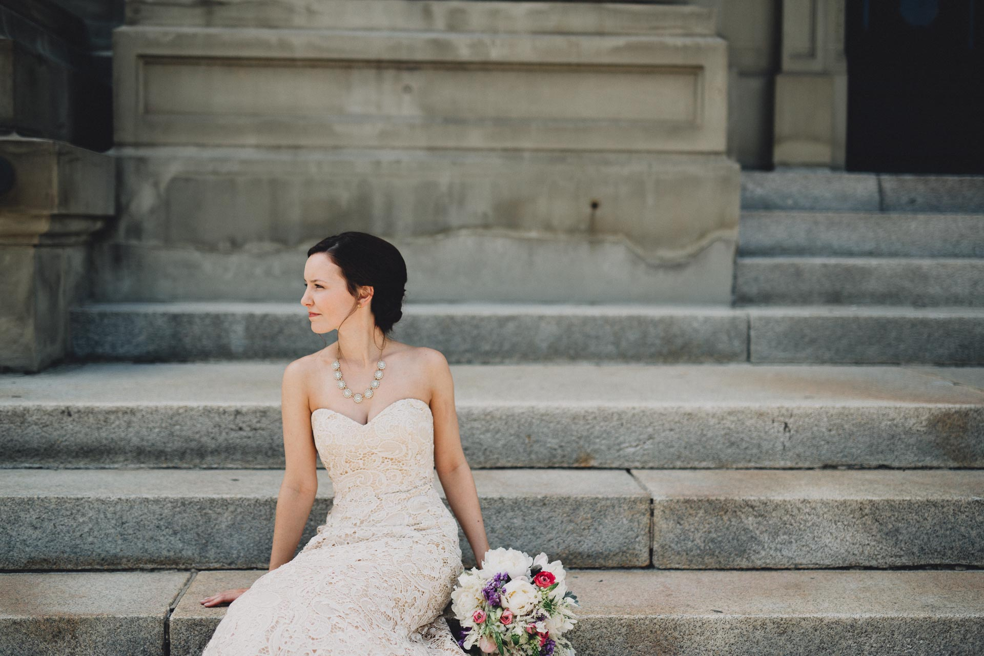 Julia-Michael-Cincinnati-Music-Hall-Wedding-064@2x.jpg