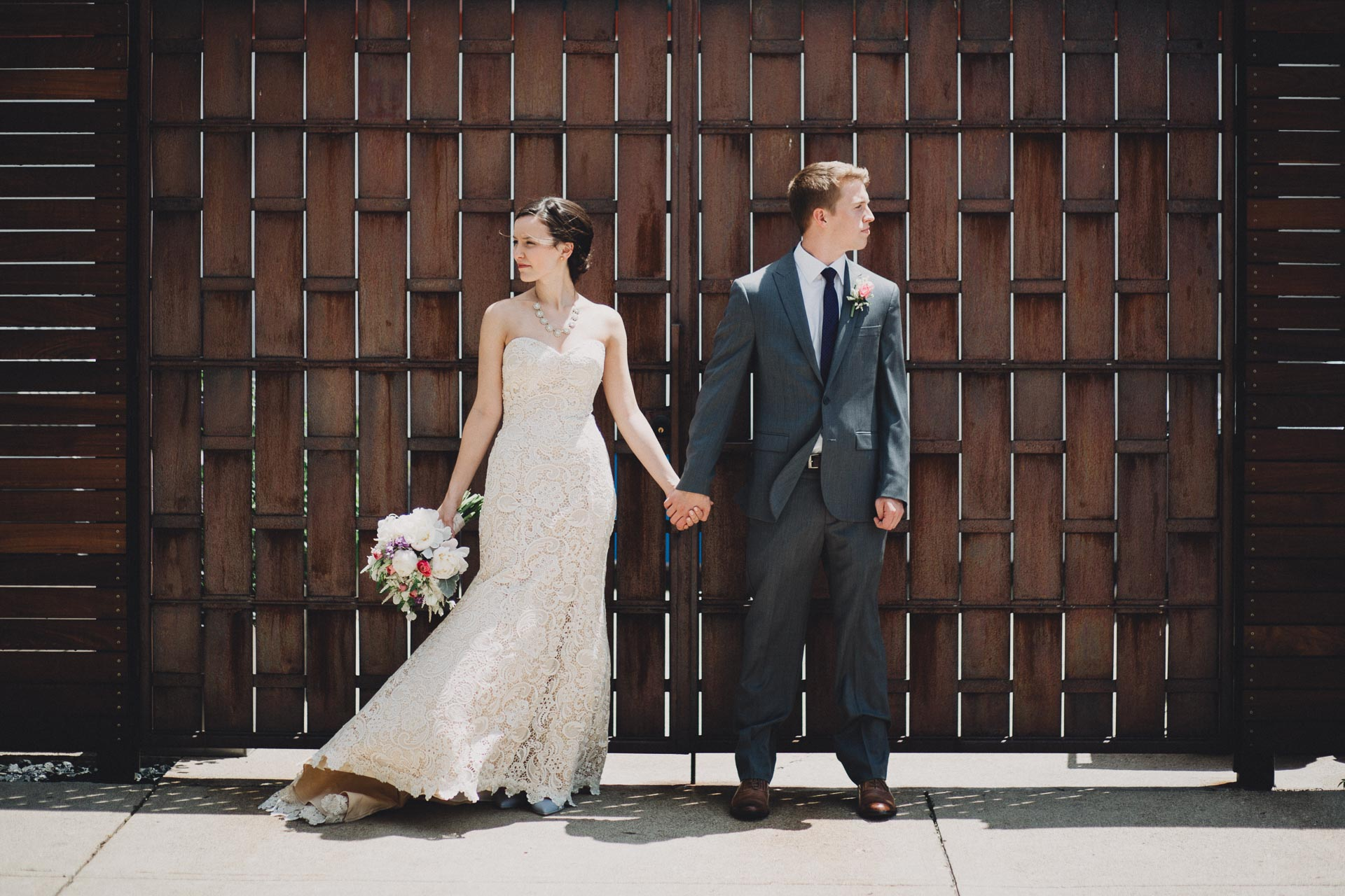 Julia-Michael-Cincinnati-Music-Hall-Wedding-068@2x.jpg