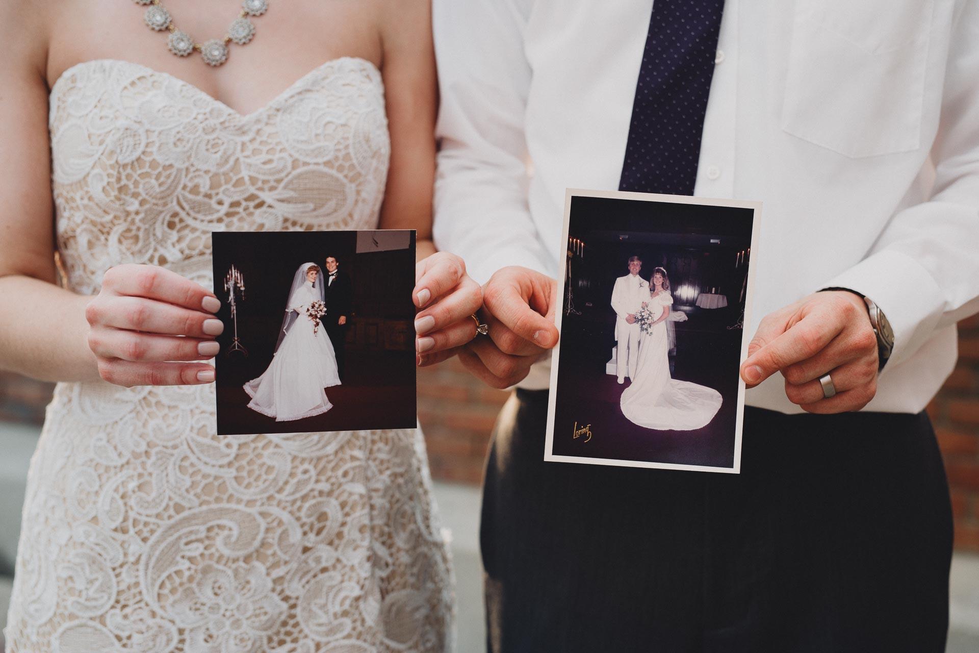 Julia-Michael-Cincinnati-Music-Hall-Wedding-089@2x.jpg