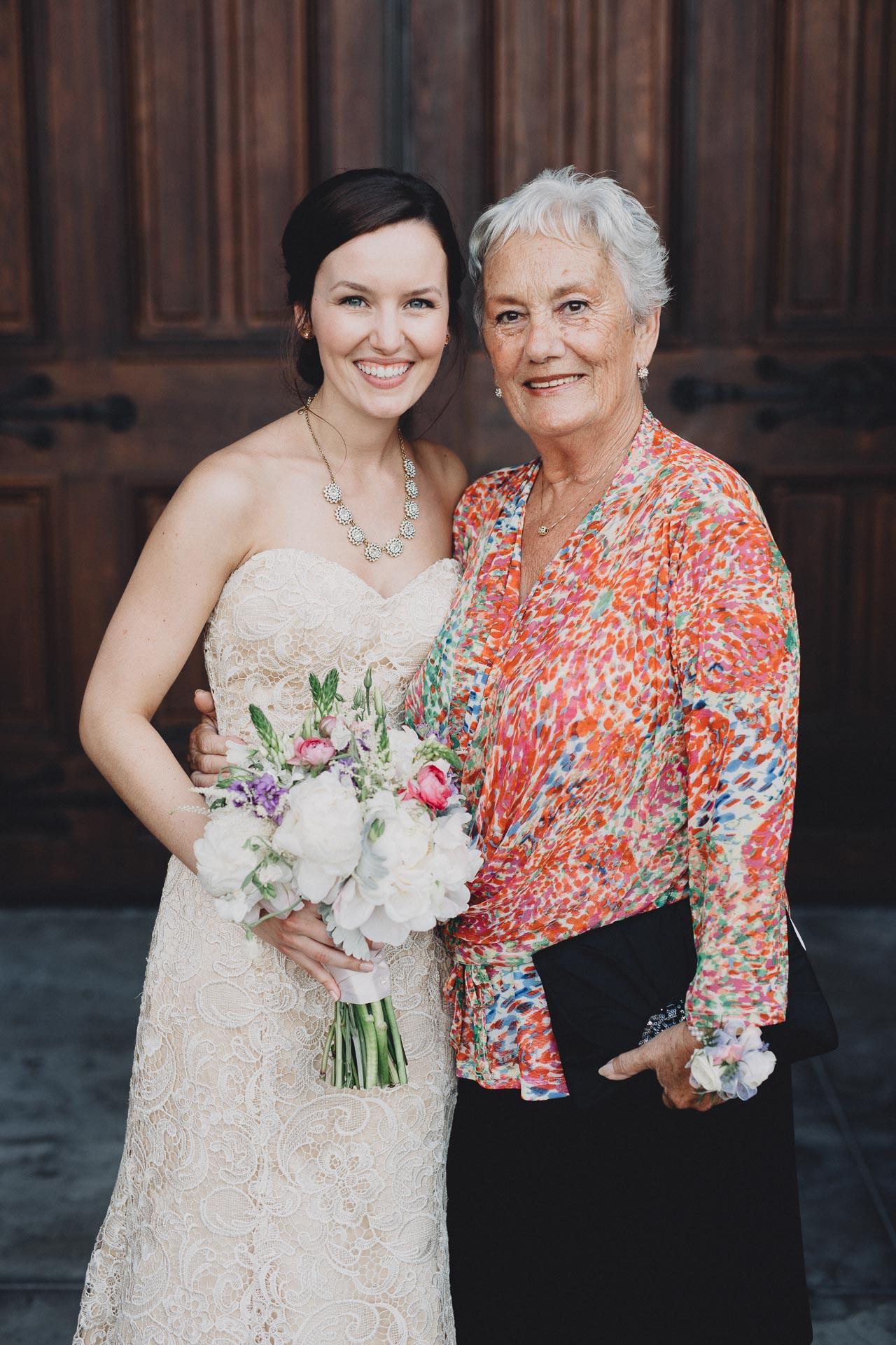 Julia-Michael-Cincinnati-Music-Hall-Wedding-090@2x.jpg