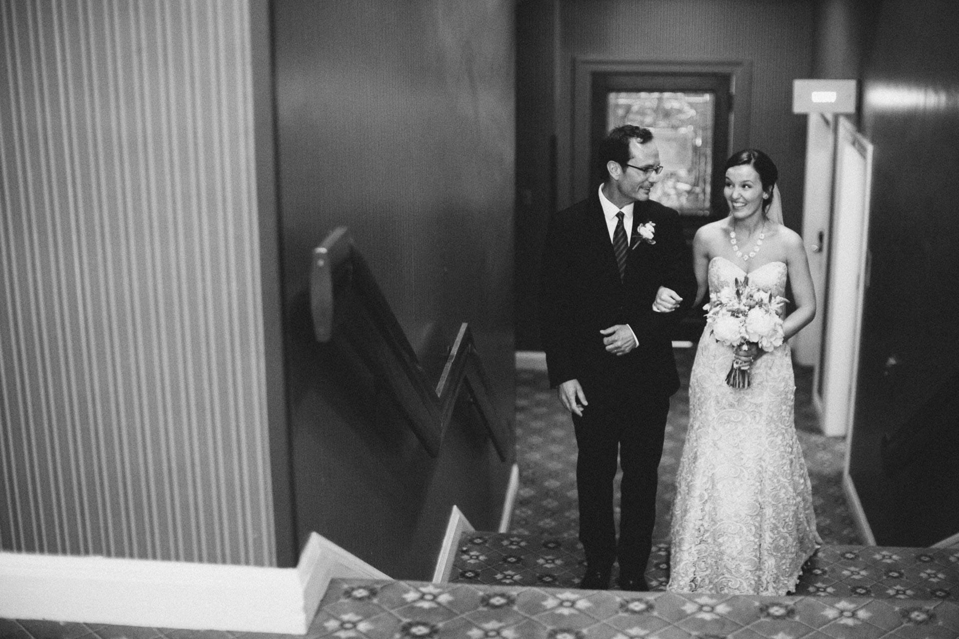 Julia-Michael-Cincinnati-Music-Hall-Wedding-096@2x.jpg