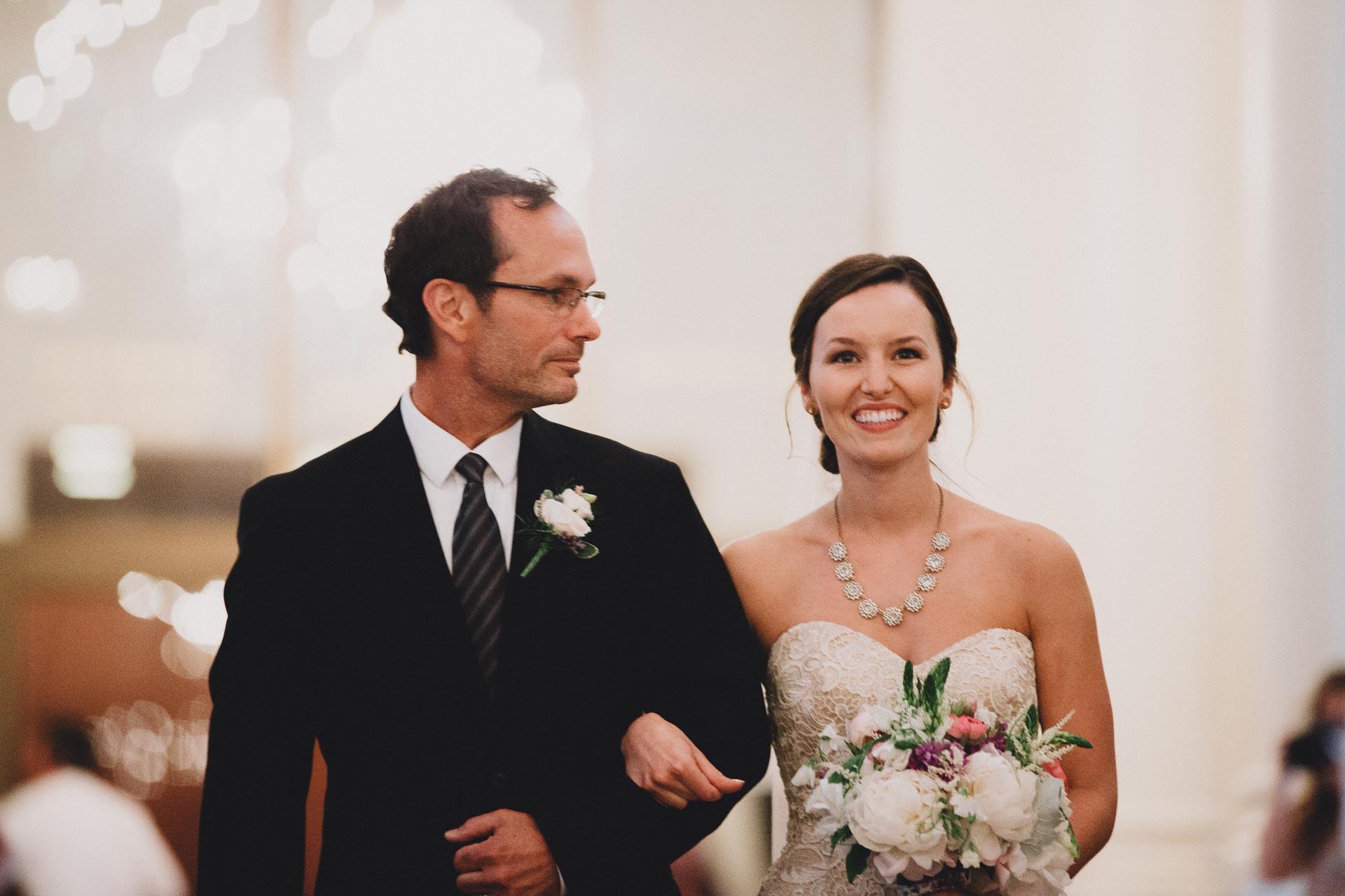 Julia-Michael-Cincinnati-Music-Hall-Wedding-099@2x.jpg
