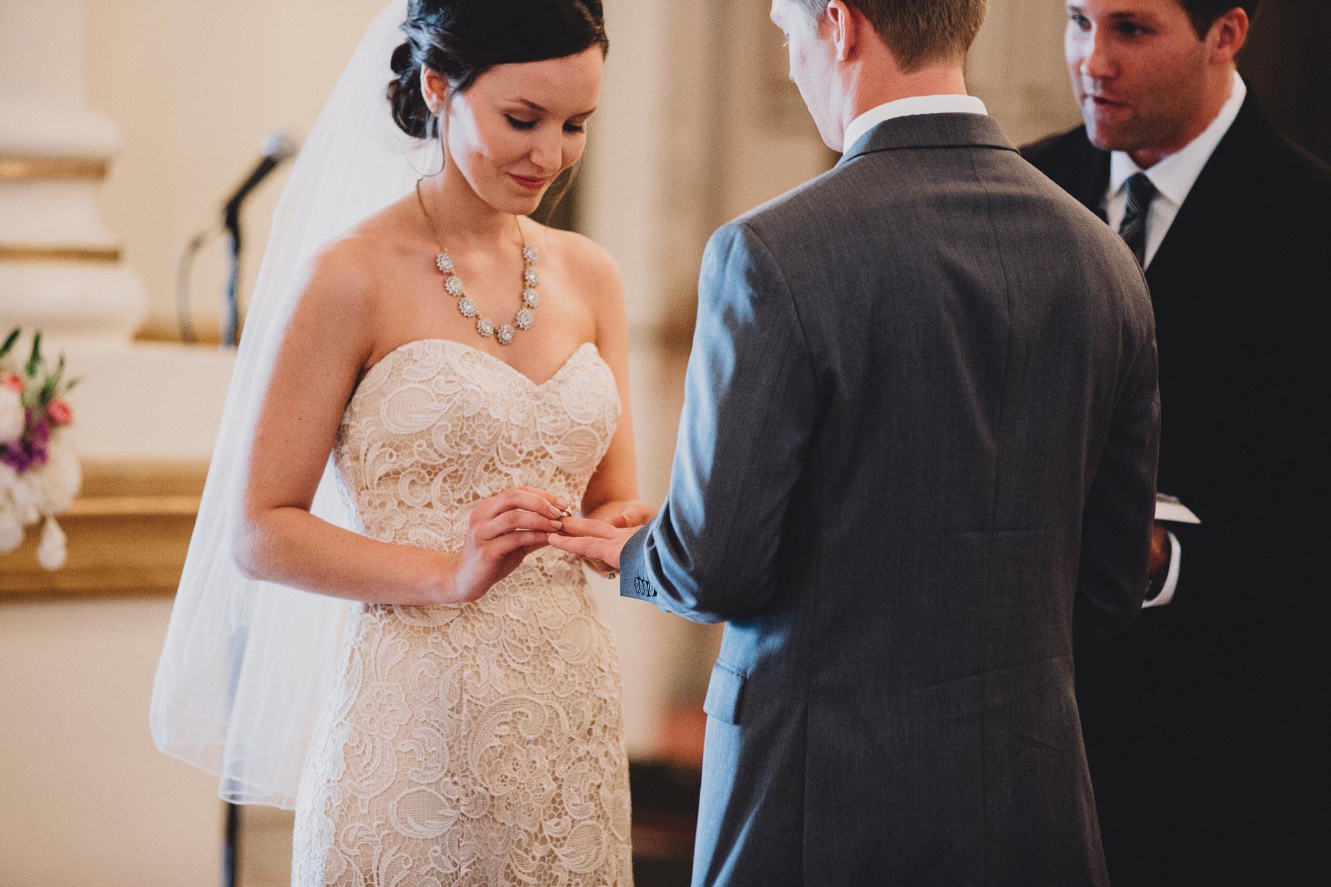 Julia-Michael-Cincinnati-Music-Hall-Wedding-106@2x.jpg