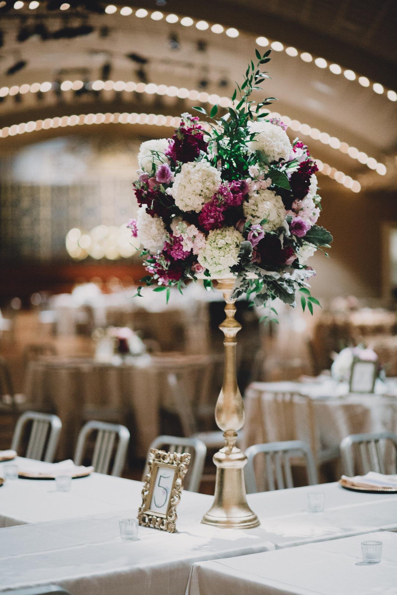 Julia-Michael-Cincinnati-Music-Hall-Wedding-122@2x.jpg