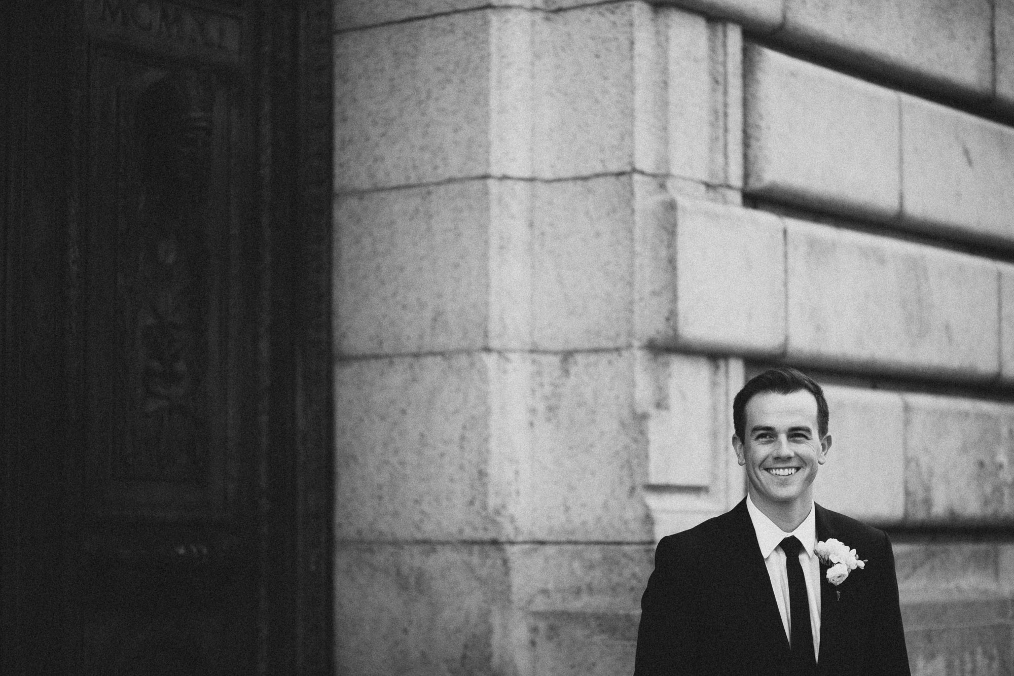 Alana-David-Cleveland-Old-Courthouse-Wedding-141@2x.jpg