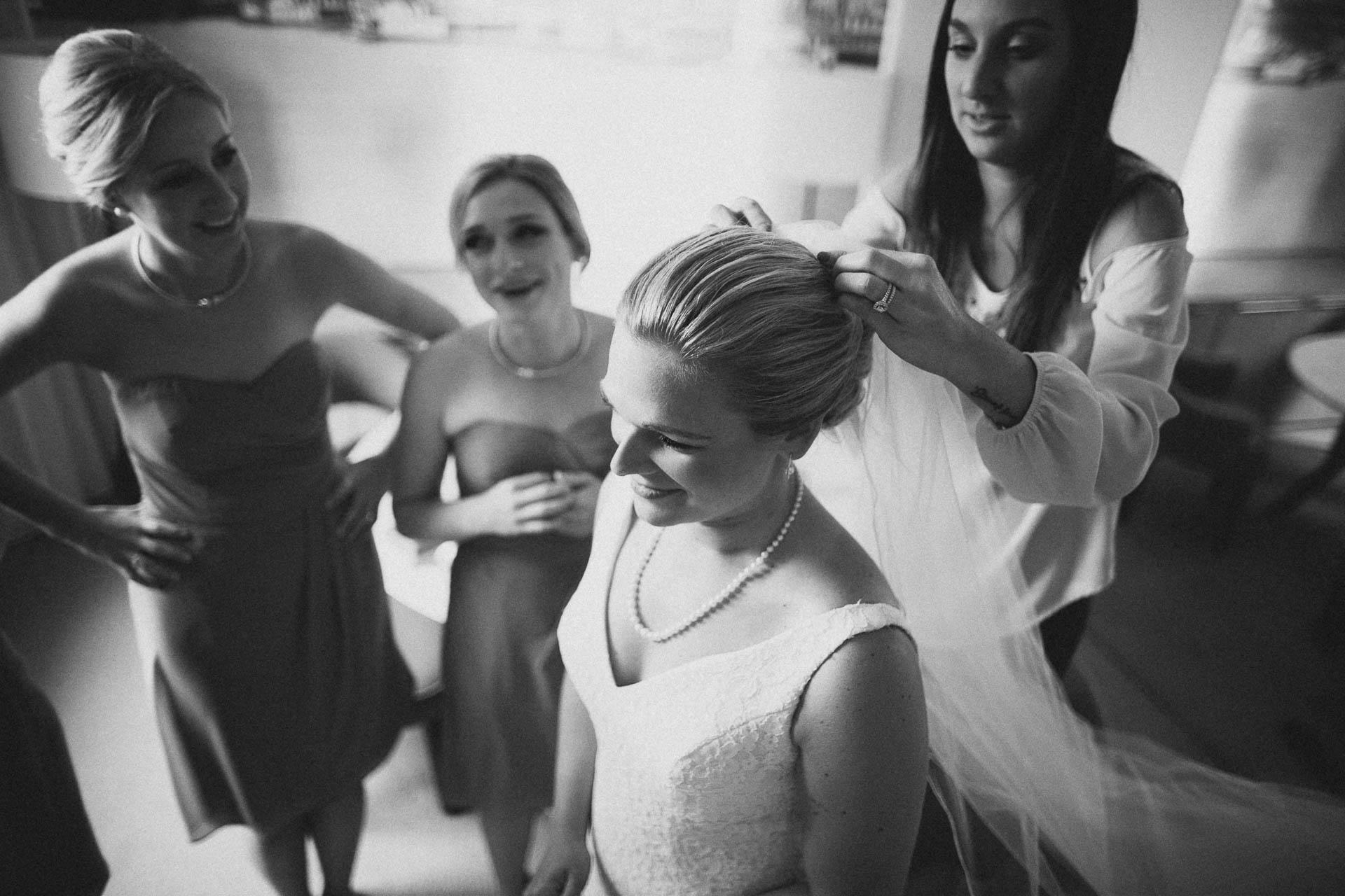 Cincinnati-Contemporary-Arts-Center-Wedding-009.jpg
