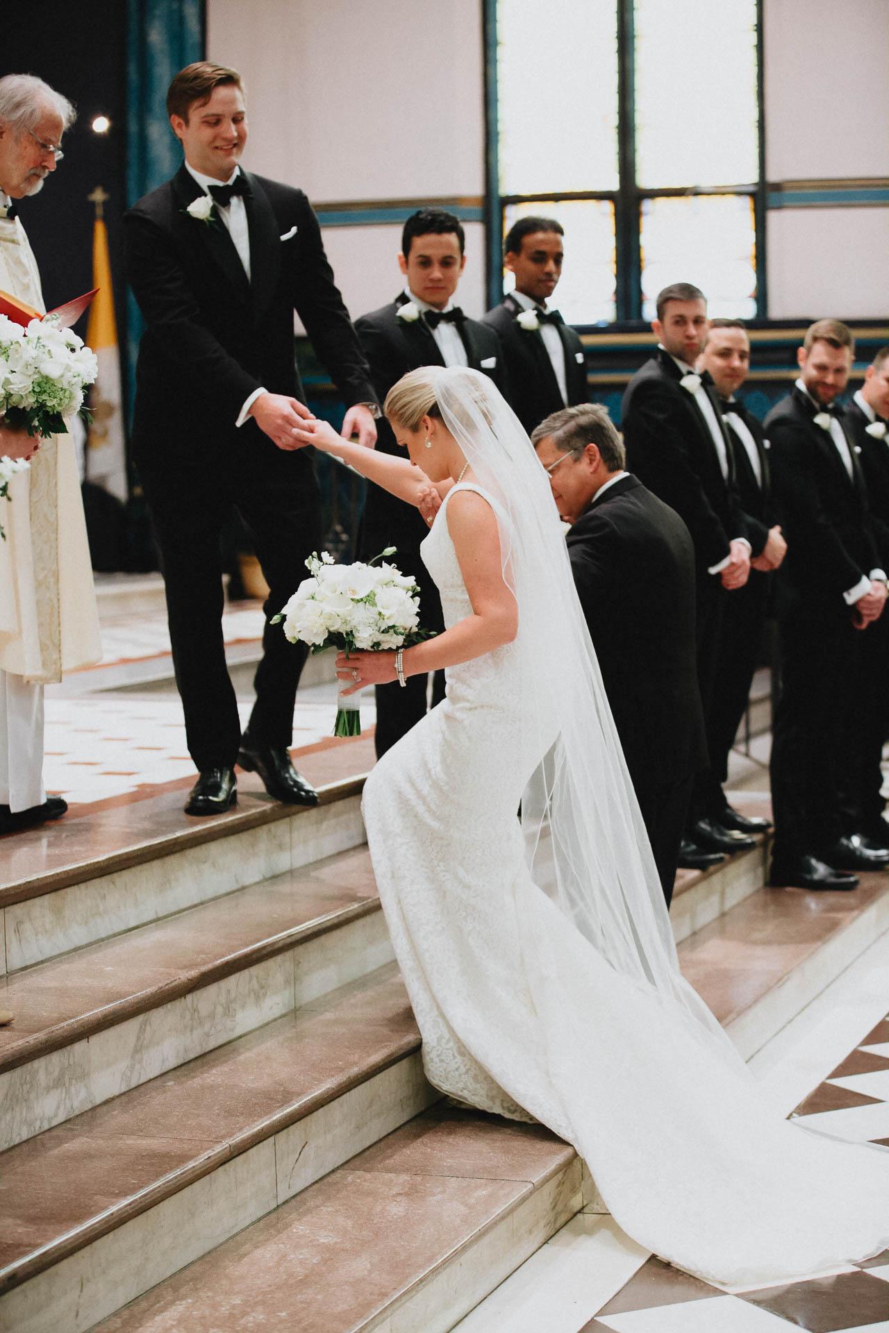 Cincinnati-Contemporary-Arts-Center-Wedding-019.jpg