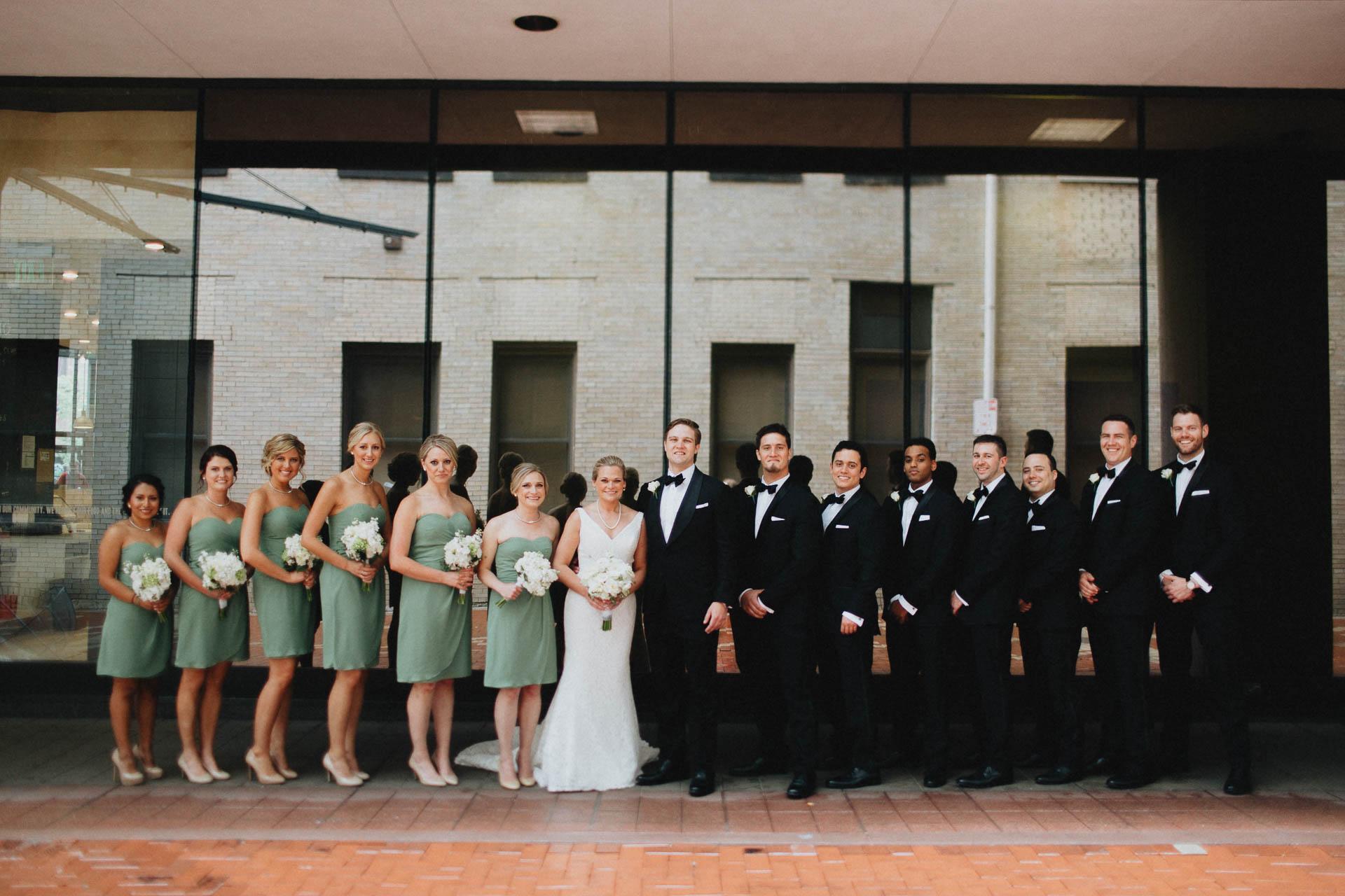 Cincinnati-Contemporary-Arts-Center-Wedding-027.jpg