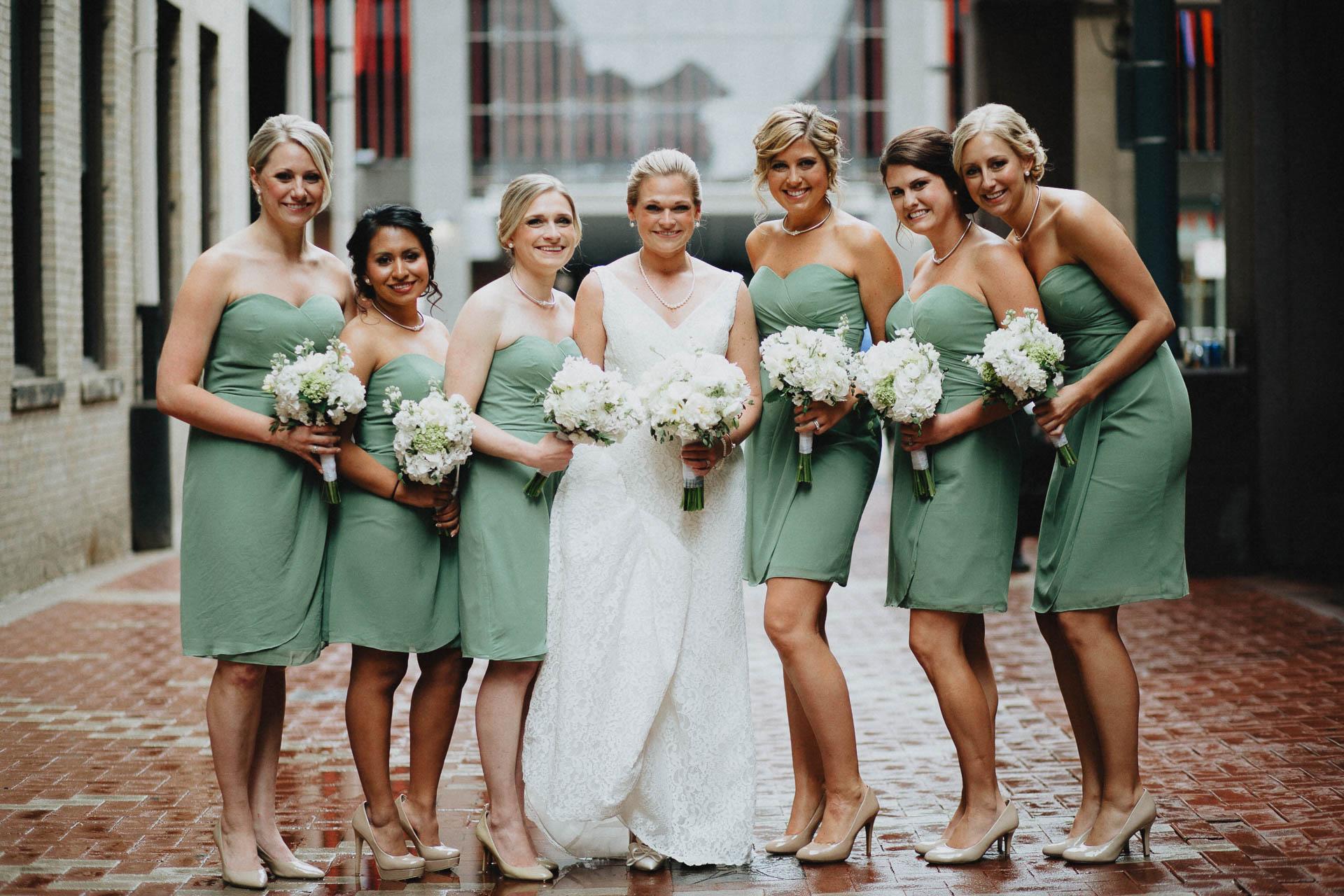 Cincinnati-Contemporary-Arts-Center-Wedding-029.jpg