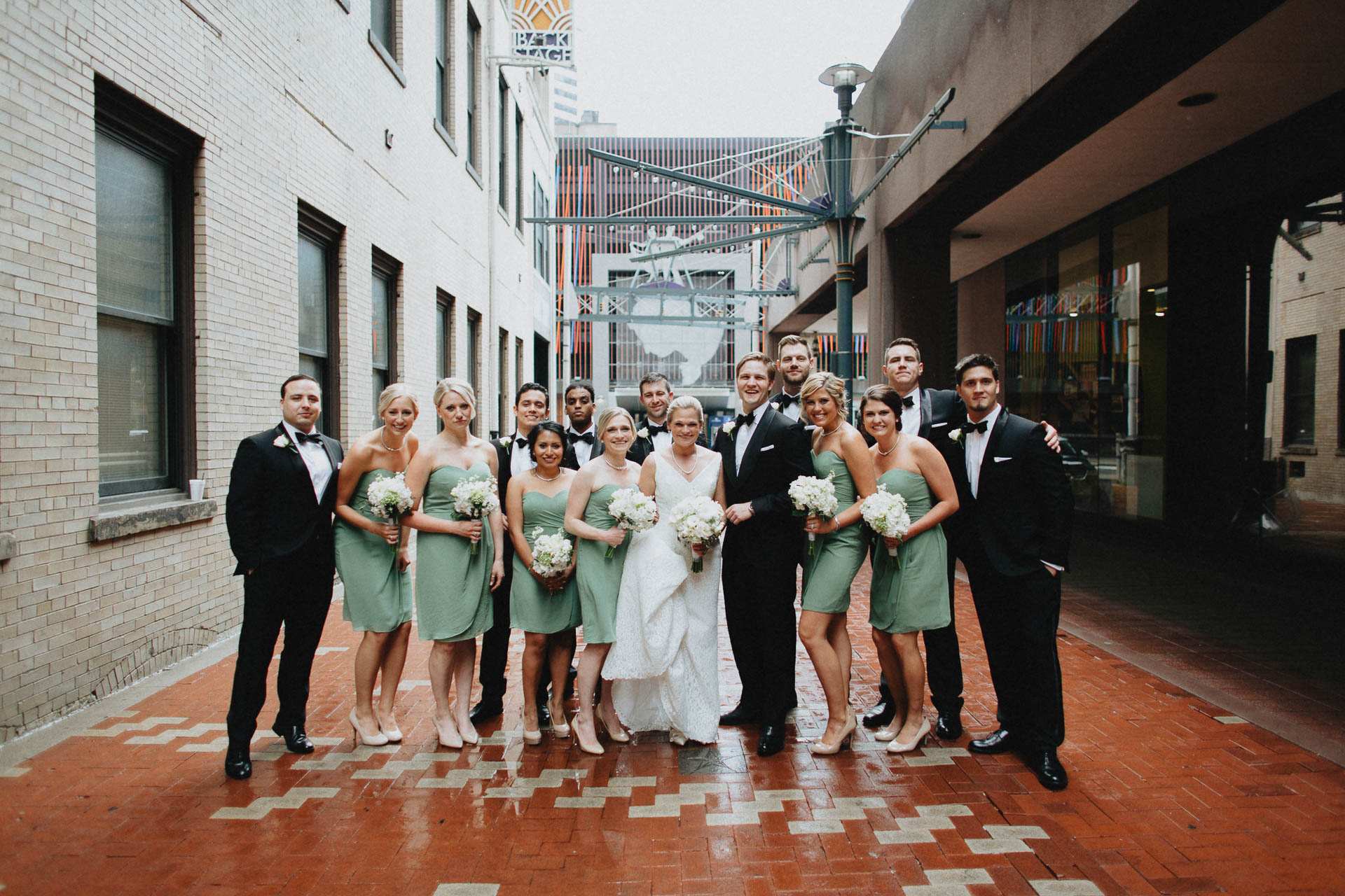 Cincinnati-Contemporary-Arts-Center-Wedding-028.jpg