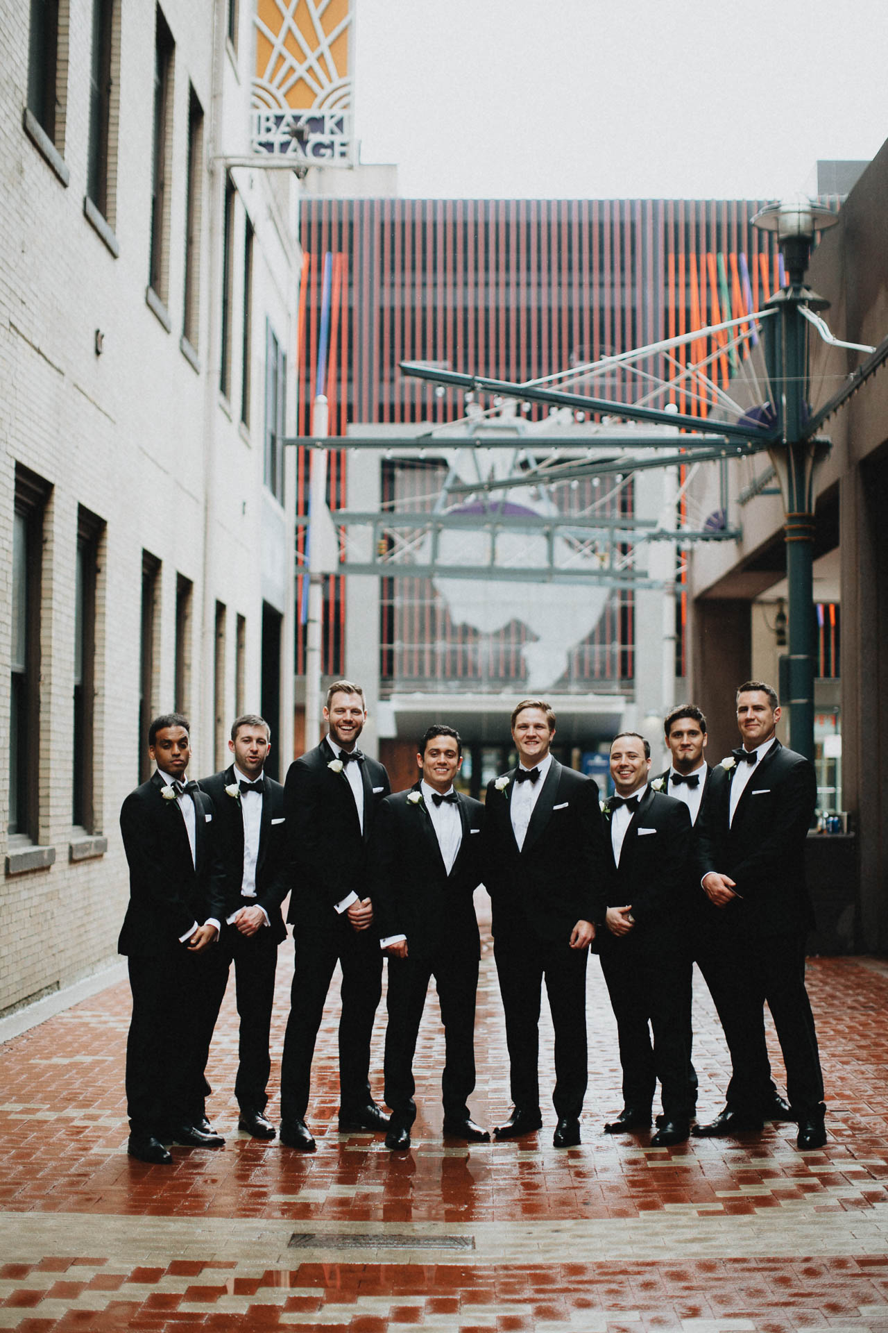 Cincinnati-Contemporary-Arts-Center-Wedding-031.jpg