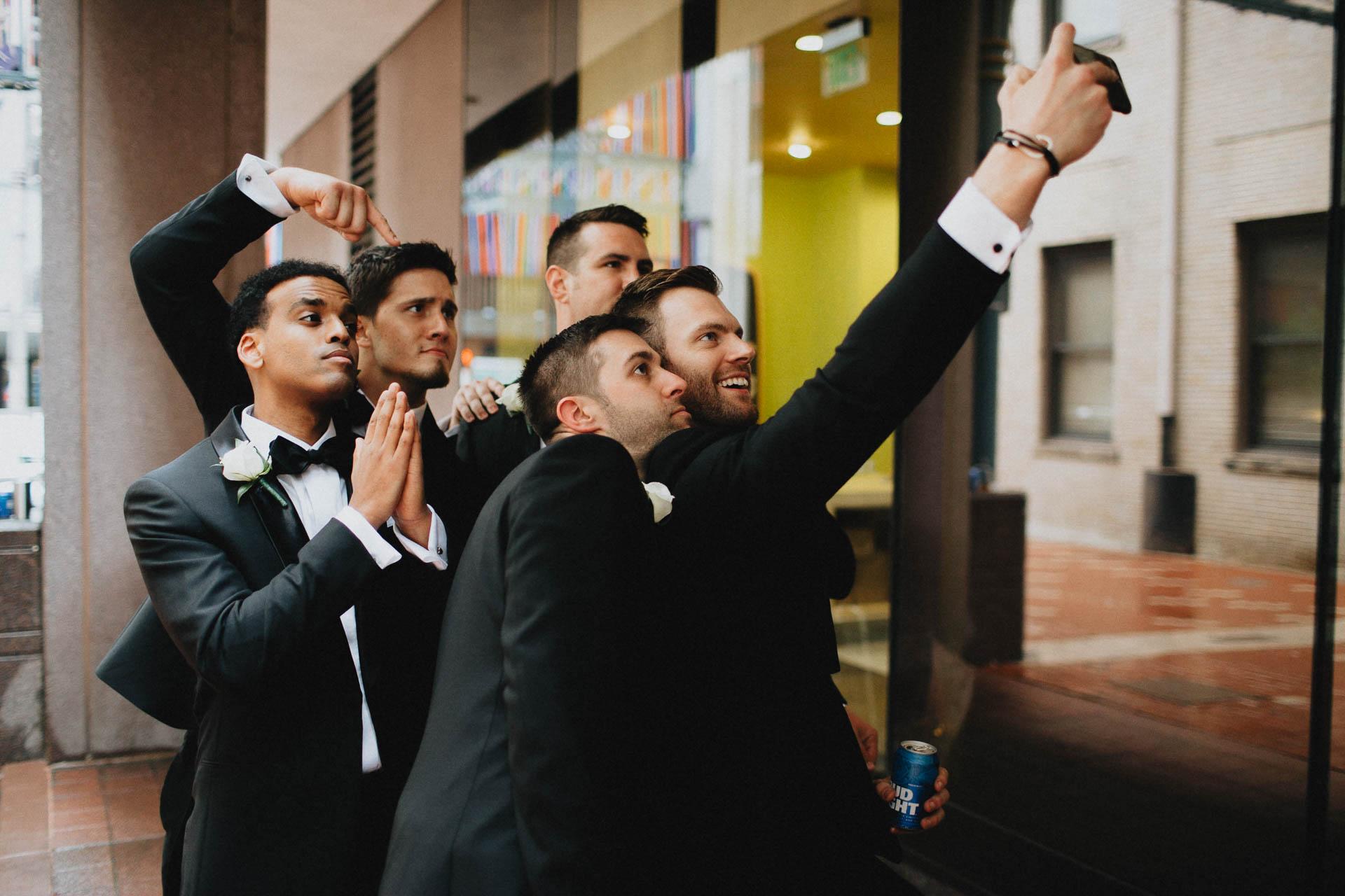 Cincinnati-Contemporary-Arts-Center-Wedding-033.jpg