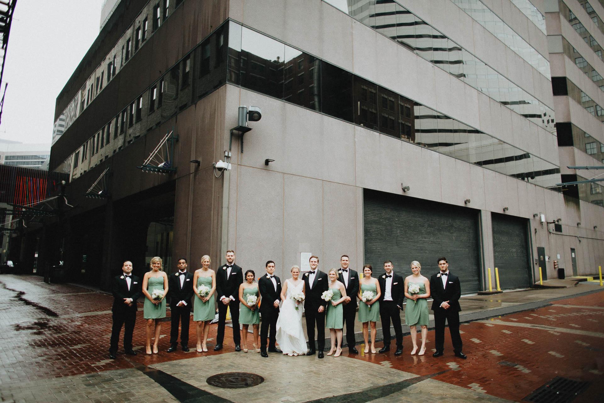 Cincinnati-Contemporary-Arts-Center-Wedding-035.jpg