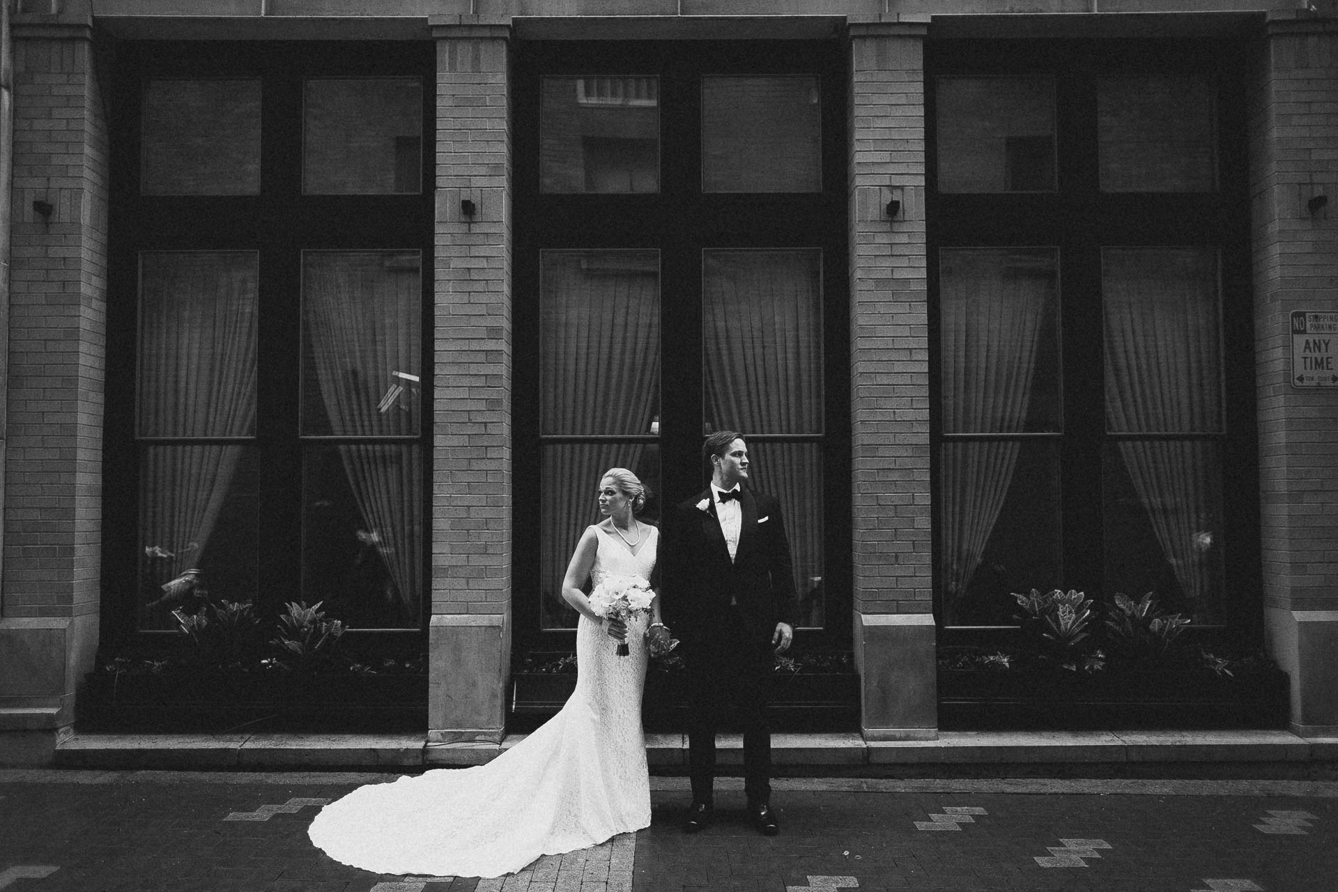 Cincinnati-Contemporary-Arts-Center-Wedding-037.jpg