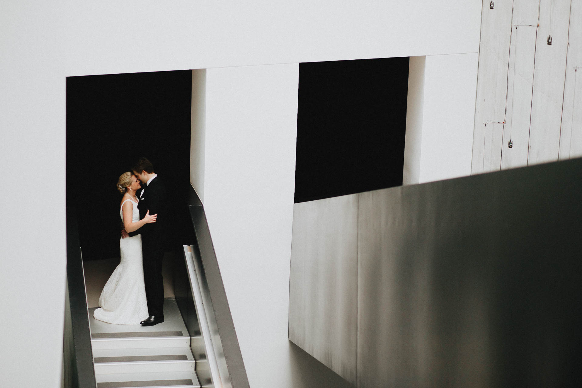 Cincinnati-Contemporary-Arts-Center-Wedding-052.jpg
