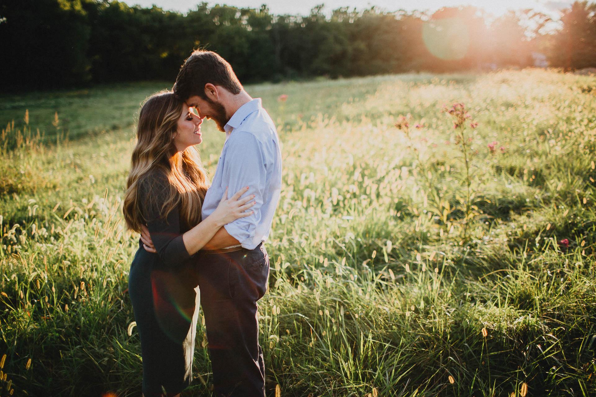 Sara-Tyler-Cincinnati-Nature-Sunset-Engagement-027.jpg
