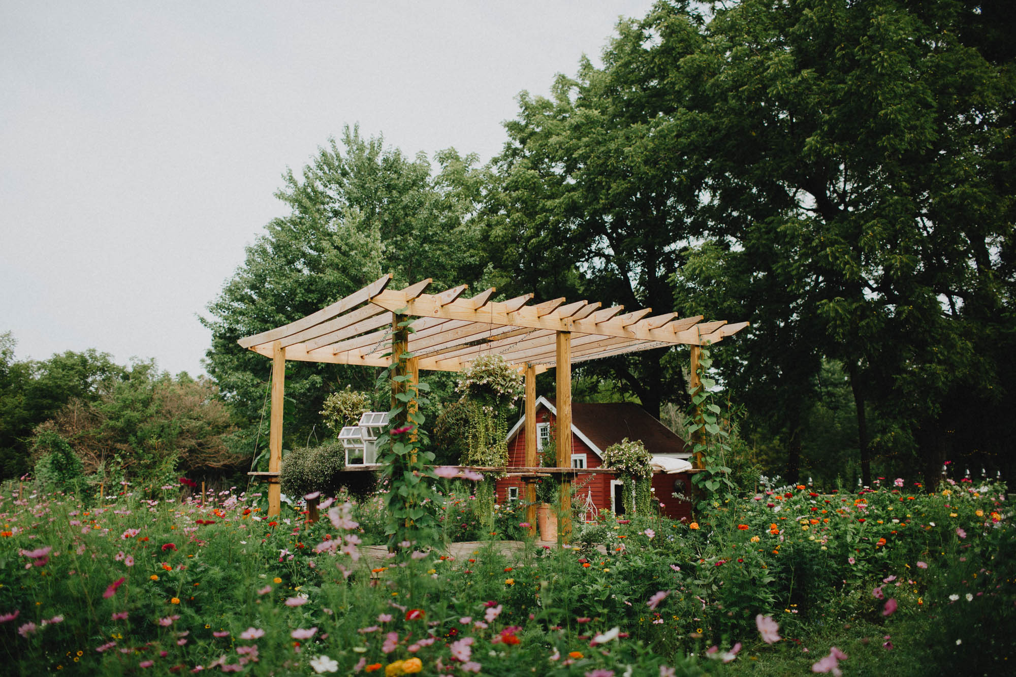 Leah-Graham-Michigan-Outdoor-DIY-Wedding-004@2x.jpg