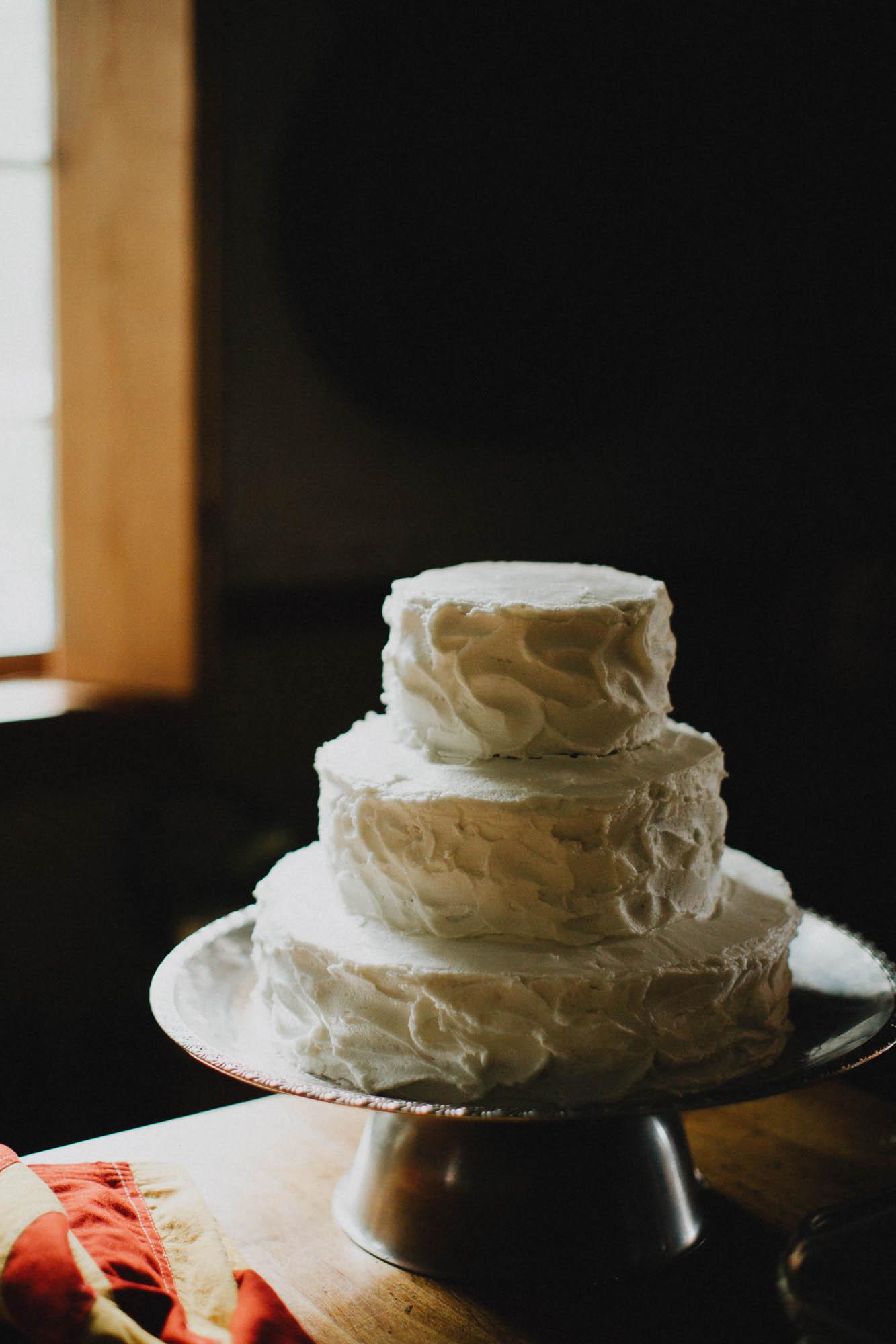 Leah-Graham-Michigan-Outdoor-DIY-Wedding-014@2x.jpg