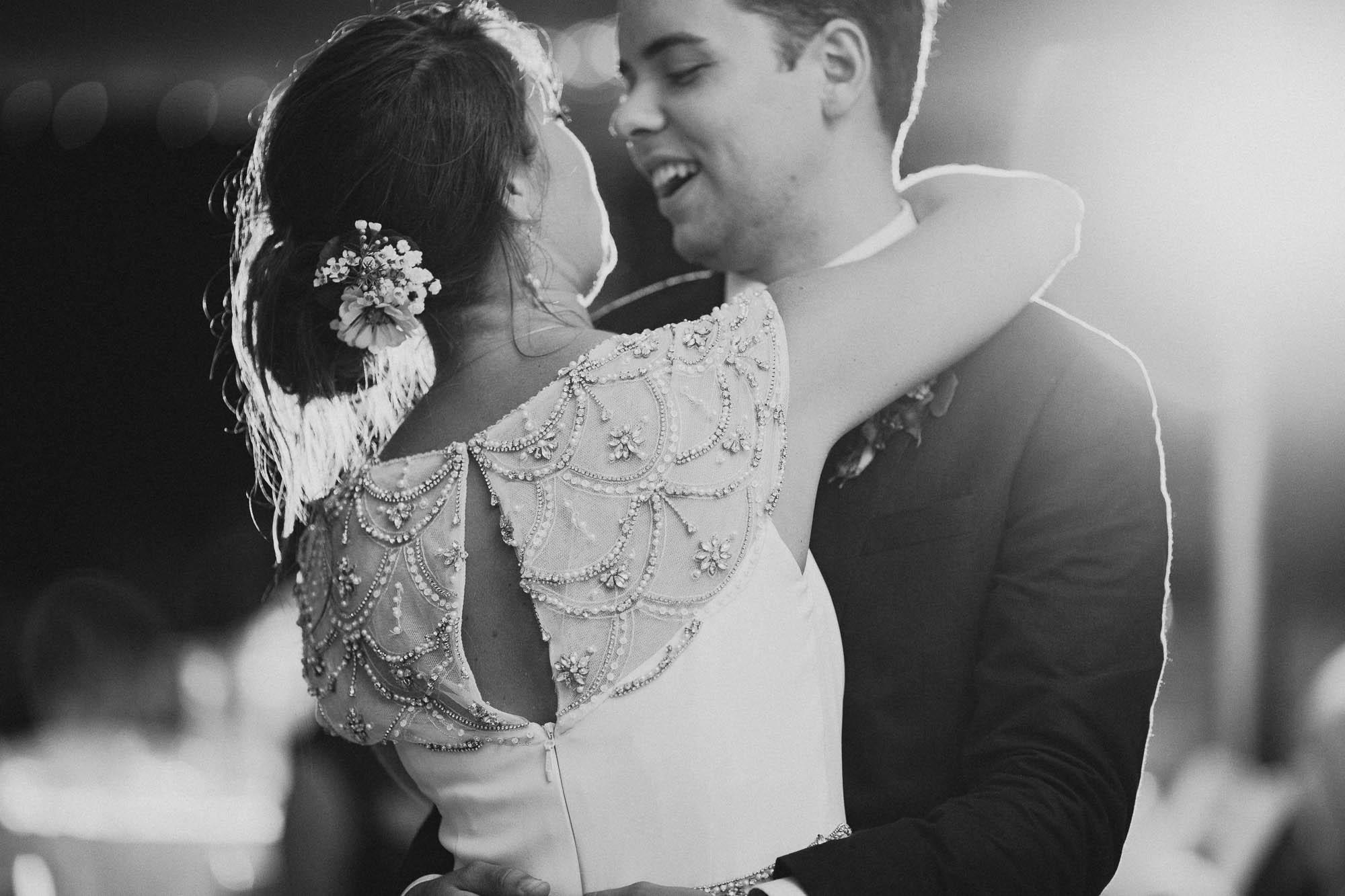 Leah-Graham-Michigan-Outdoor-DIY-Wedding-068@2x.jpg