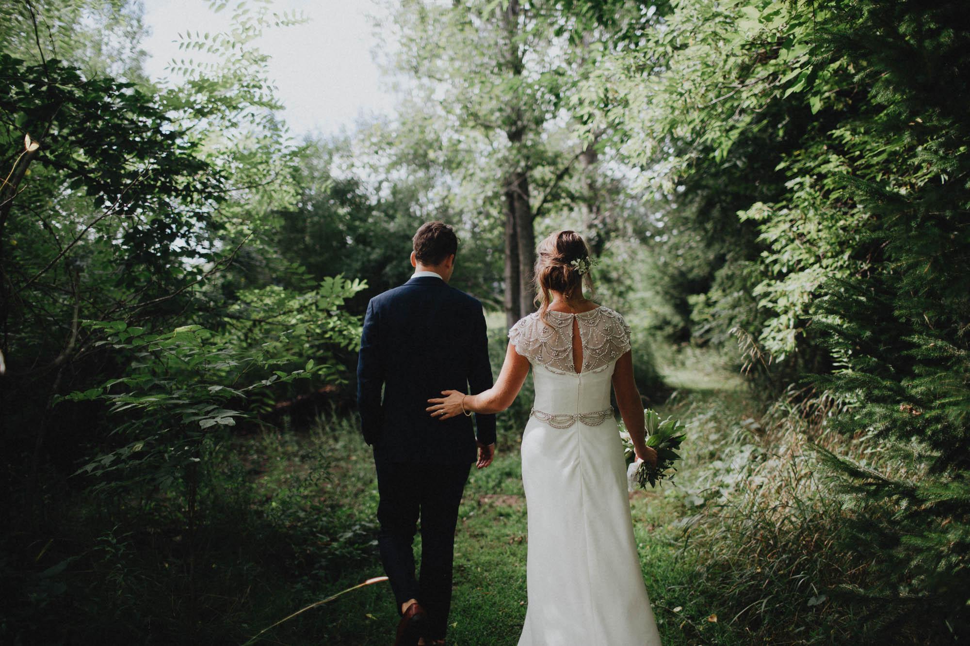 Leah-Graham-Michigan-Outdoor-DIY-Wedding-075@2x.jpg