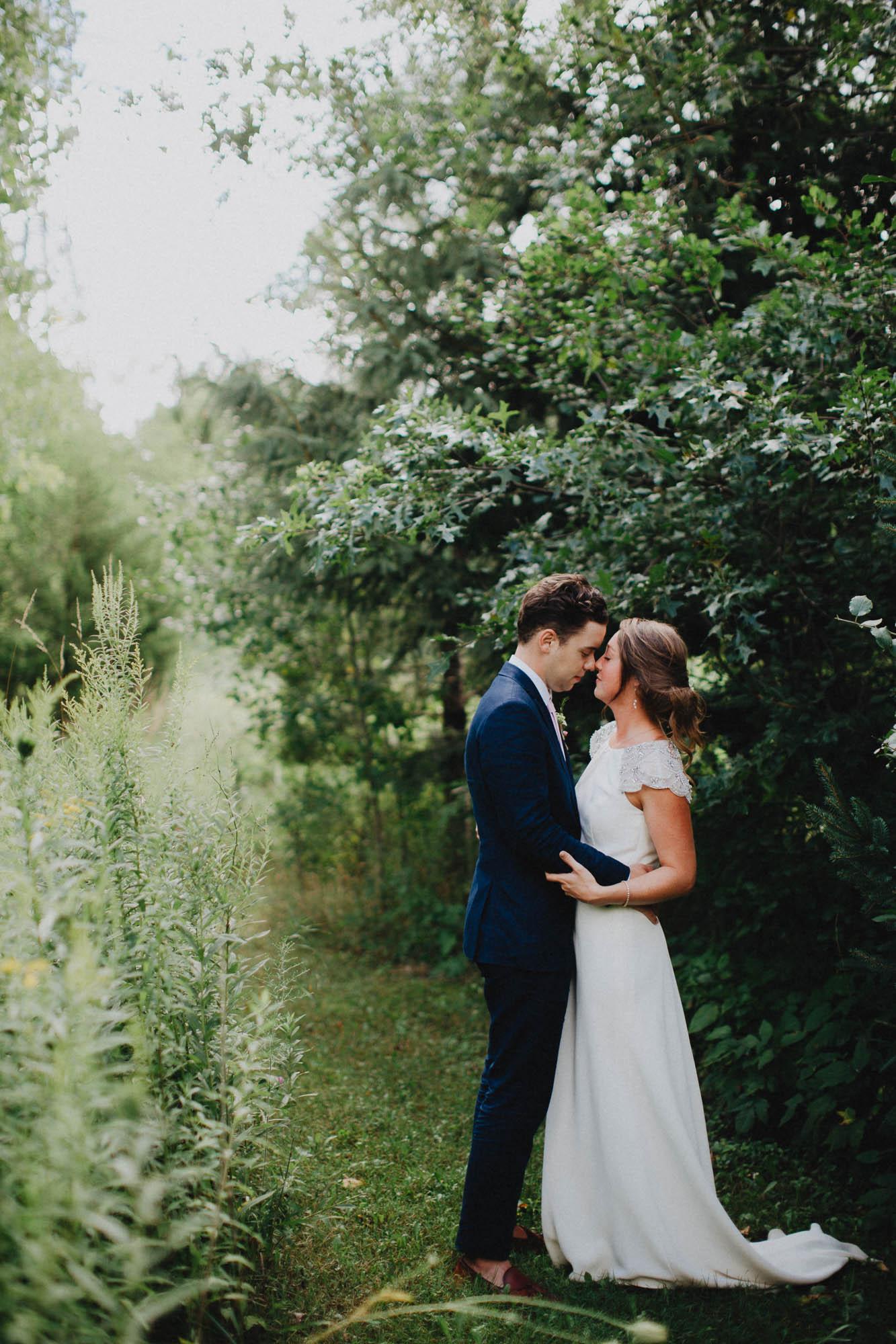 Leah-Graham-Michigan-Outdoor-DIY-Wedding-078@2x.jpg