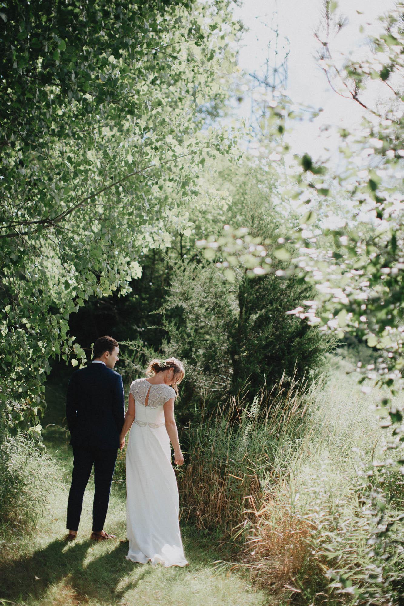 Leah-Graham-Michigan-Outdoor-DIY-Wedding-080@2x.jpg