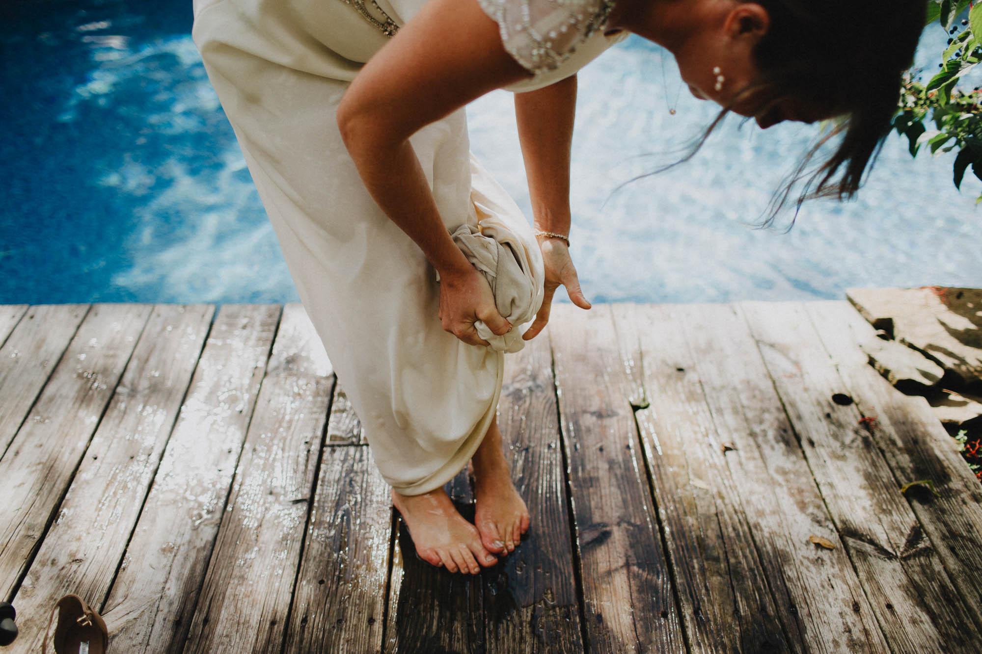 Leah-Graham-Michigan-Outdoor-DIY-Wedding-095@2x.jpg