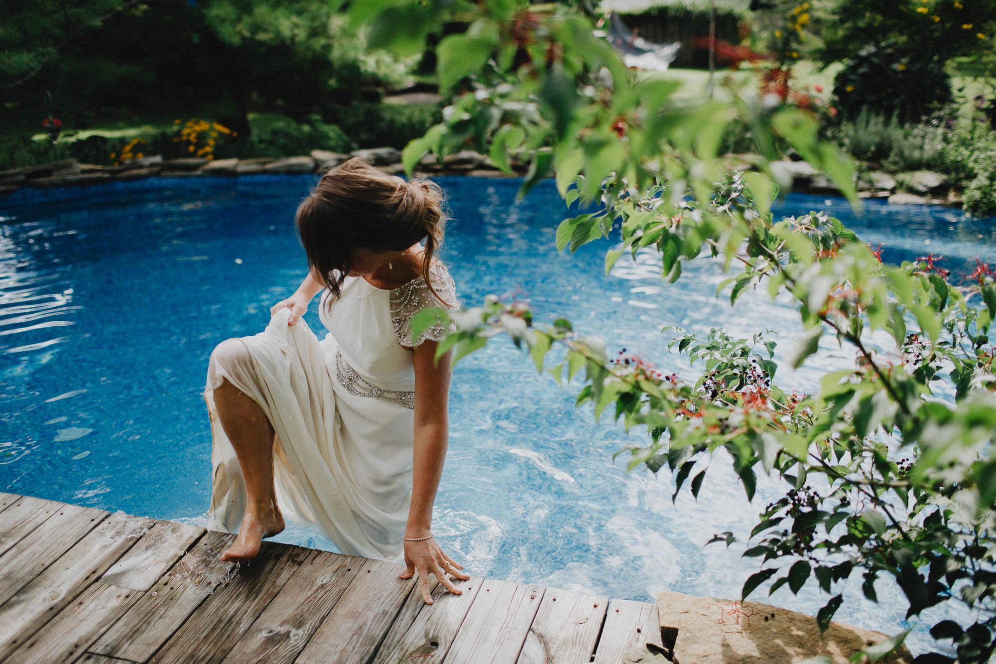 Leah-Graham-Michigan-Outdoor-DIY-Wedding-094@2x.jpg