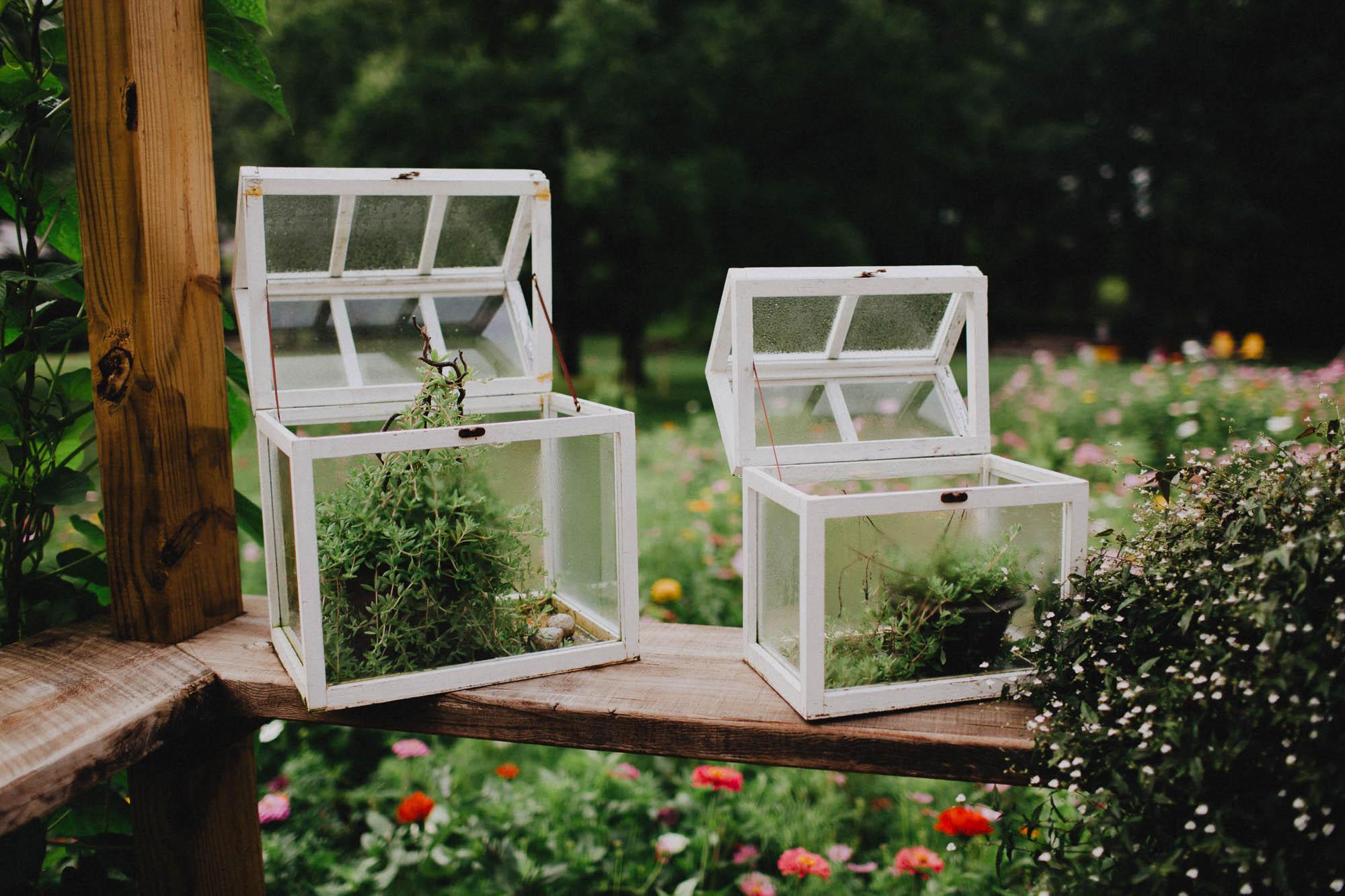 Leah-Graham-Outdoor-DIY-Michigan-Wedding-Details-001@2x.jpg