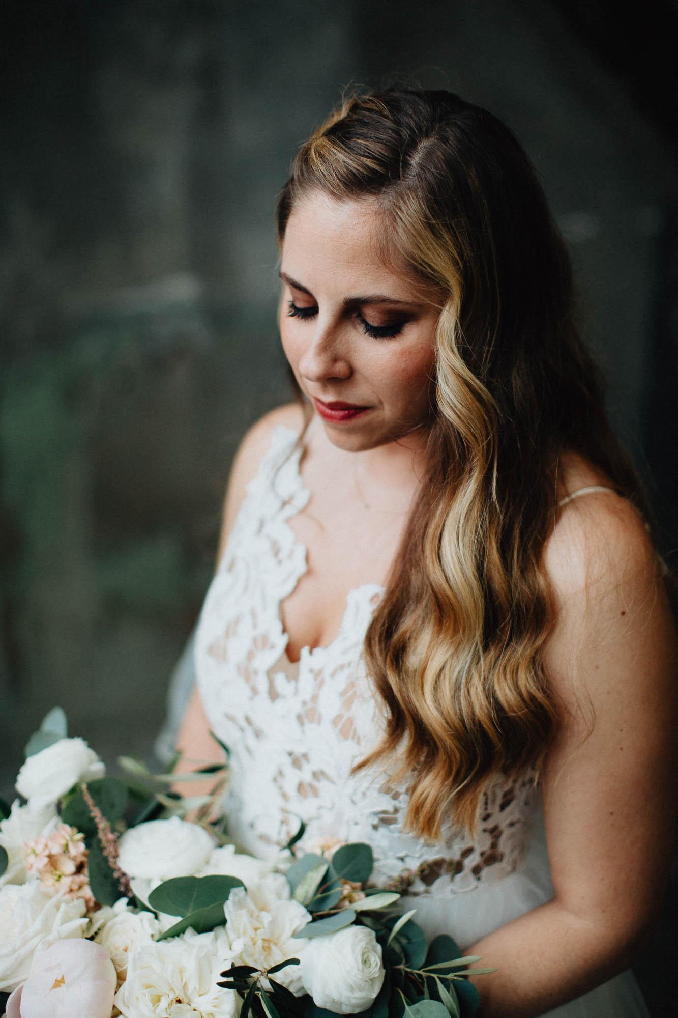 Sara-Tyler-Cincinnati-Wedding-Rhinegeist-Brewery-072.jpg