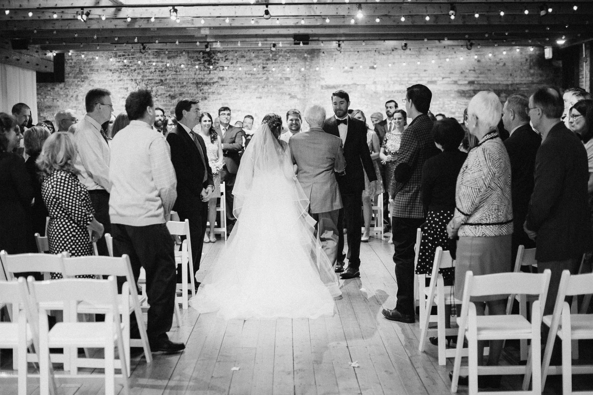 Sara-Tyler-Cincinnati-Wedding-Rhinegeist-Brewery-081.jpg
