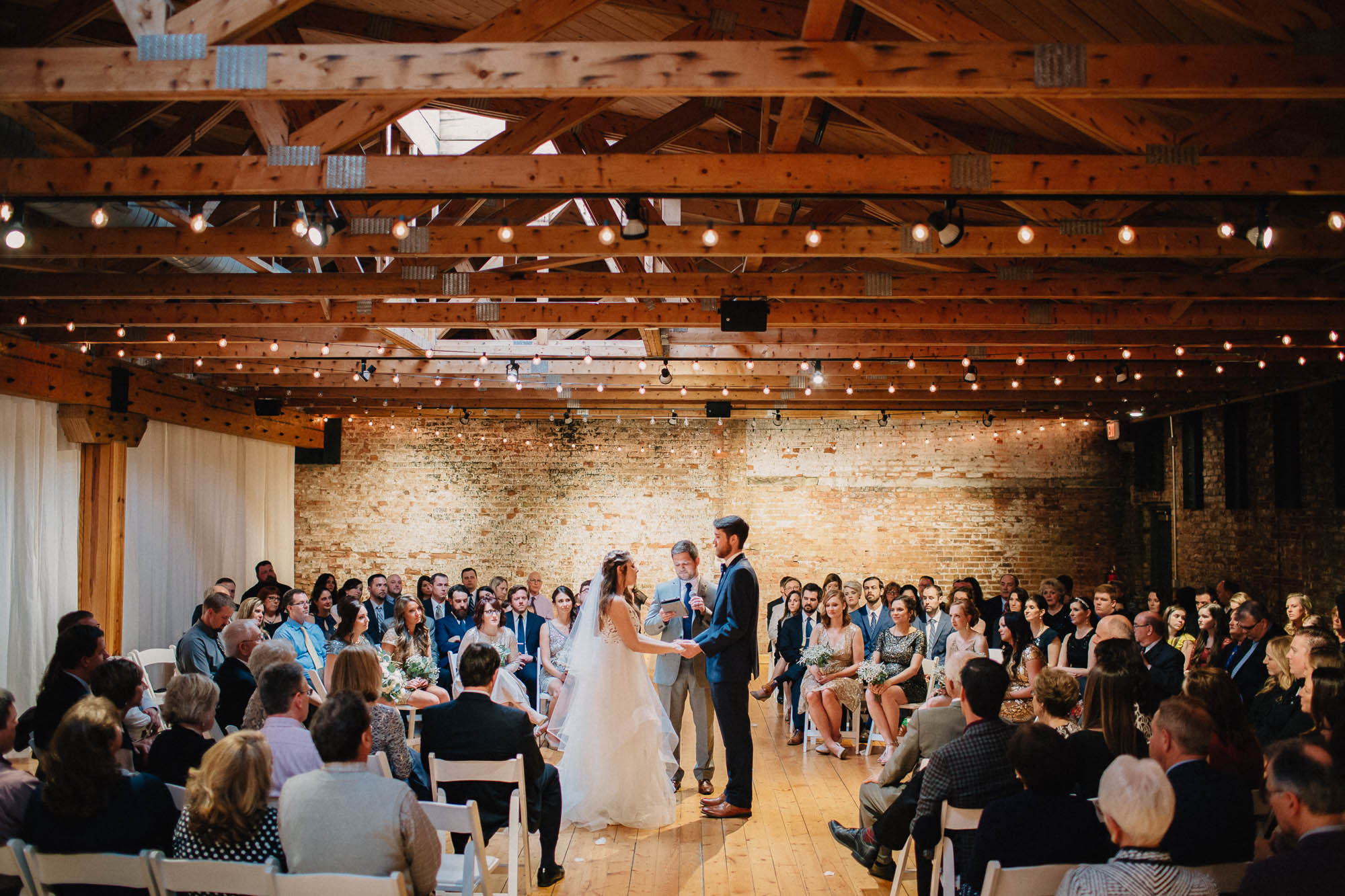 Sara-Tyler-Cincinnati-Wedding-Rhinegeist-Brewery-085.jpg