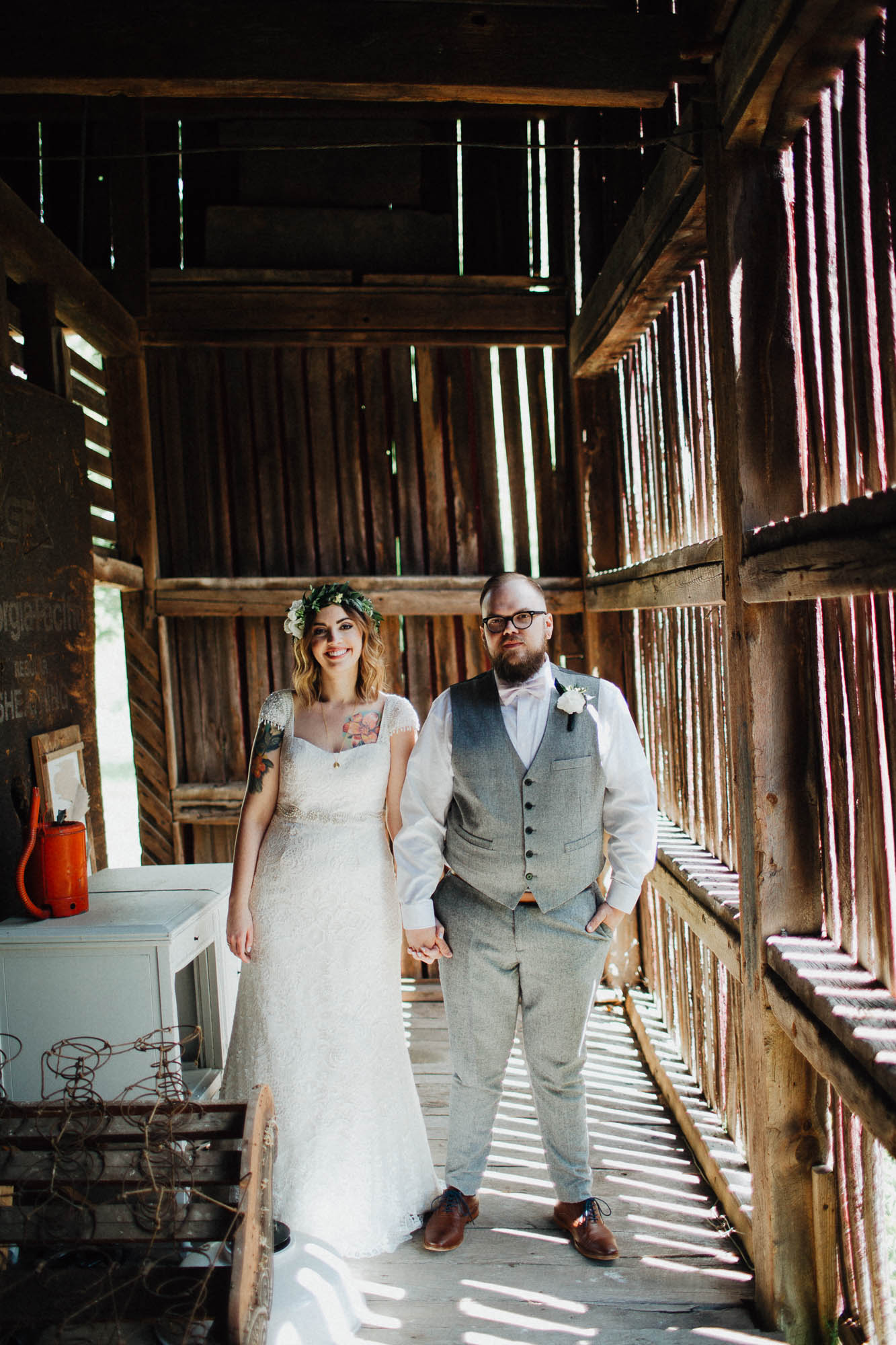 Jessi-Jake-The-Brauns-Ohio-Barn-B&B-Wedding-042@2x.jpg