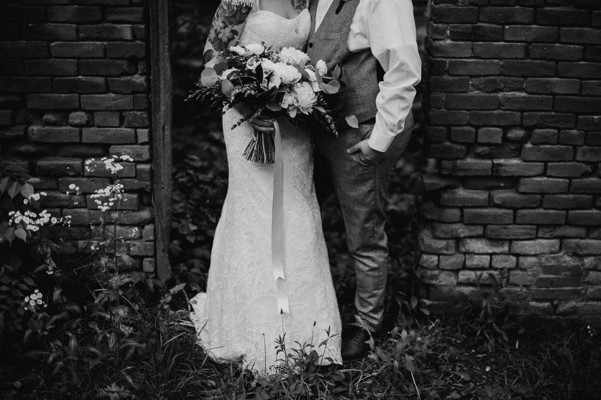Jessi-Jake-The-Brauns-Ohio-Barn-B&B-Wedding-052@2x.jpg