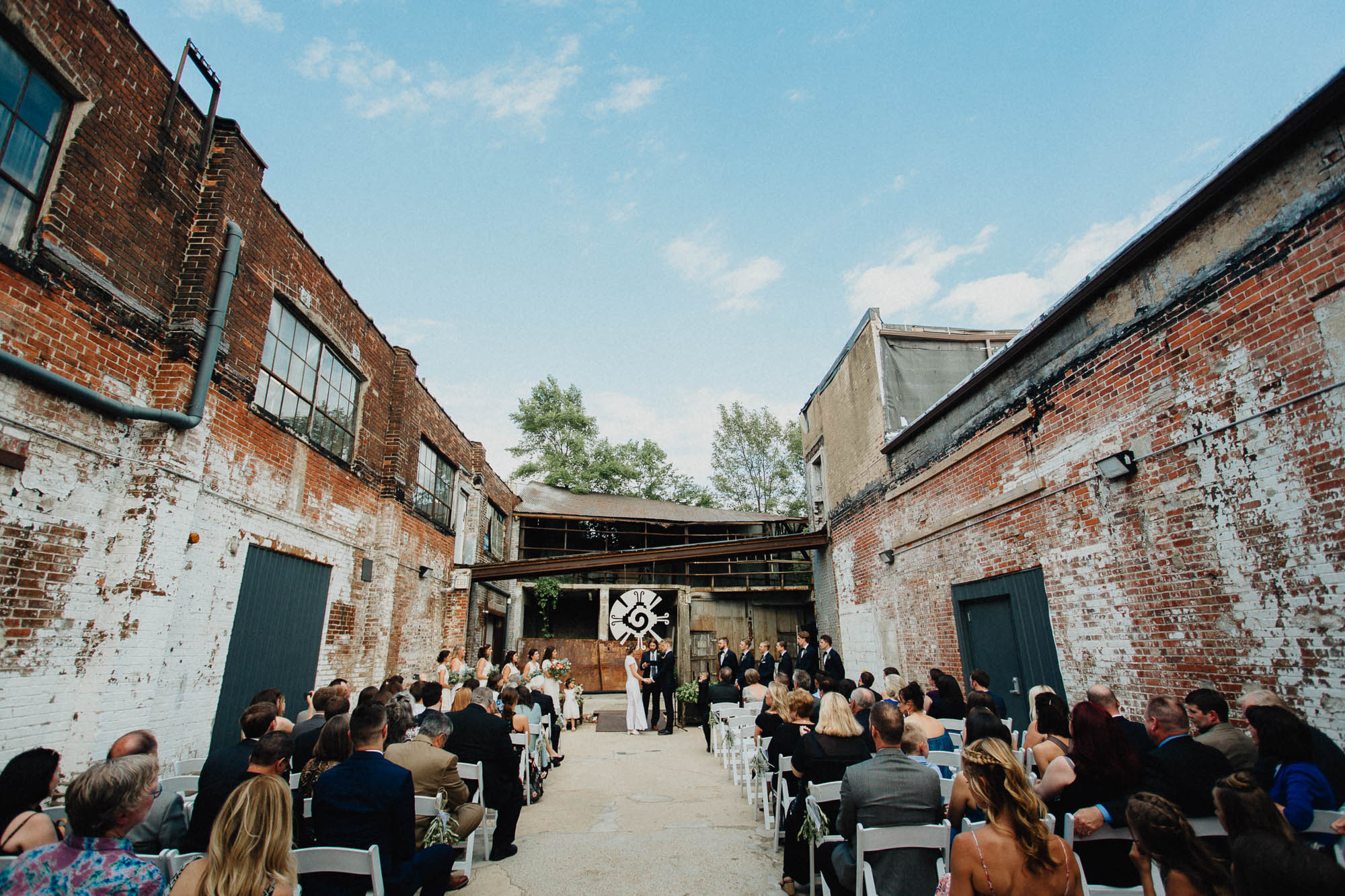 Strongwater Alley Wedding Ceremony in Downtown Columbus