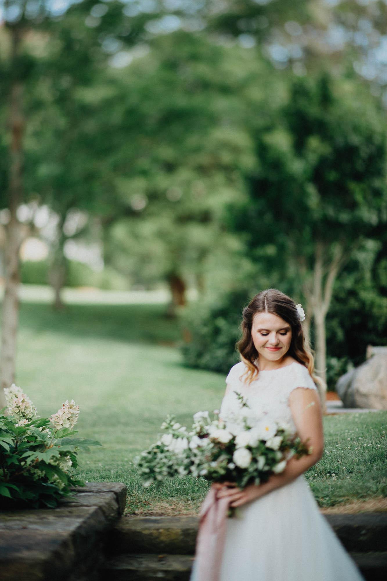 Nancy-Ray-Bryn-Du-Mansion-Wedding-Columbus-038.jpg