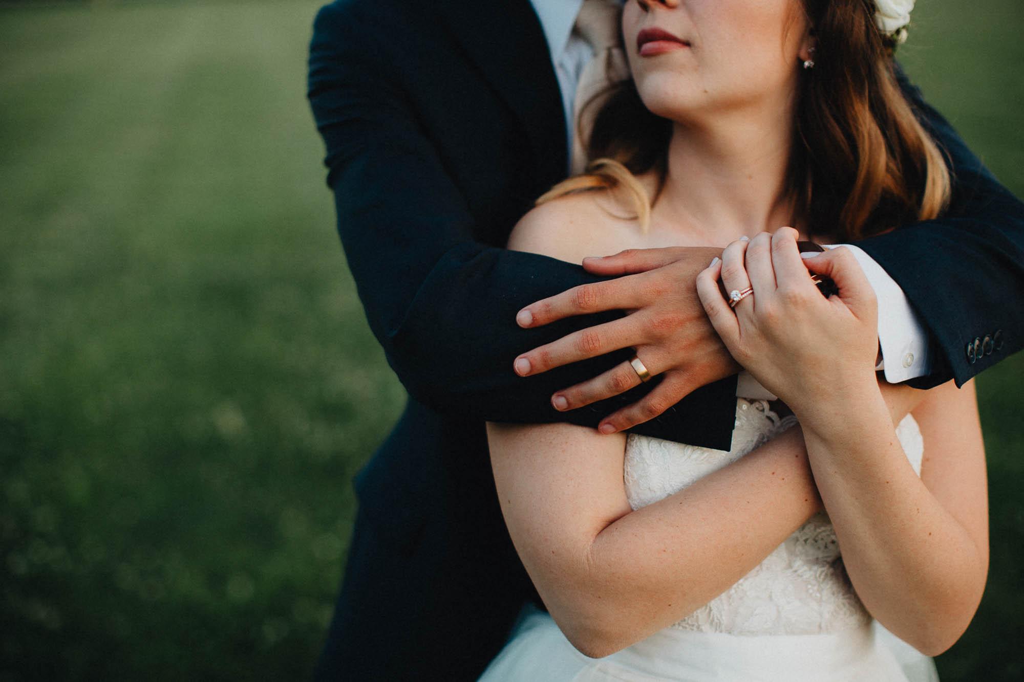 Columbus Ohio Dusk Natural Wedding Photography