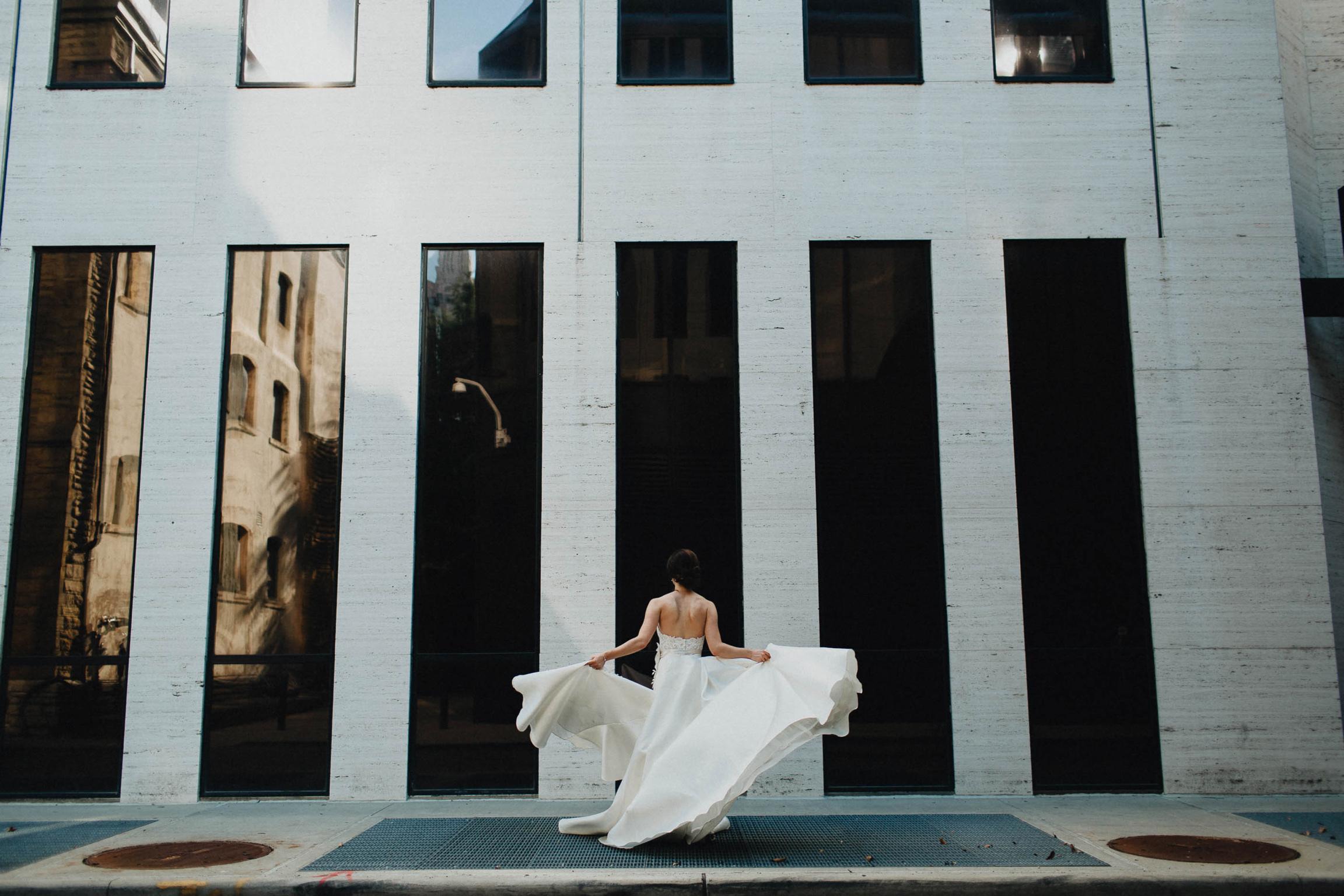 Columbus Ohio Creative Wedding Photographers