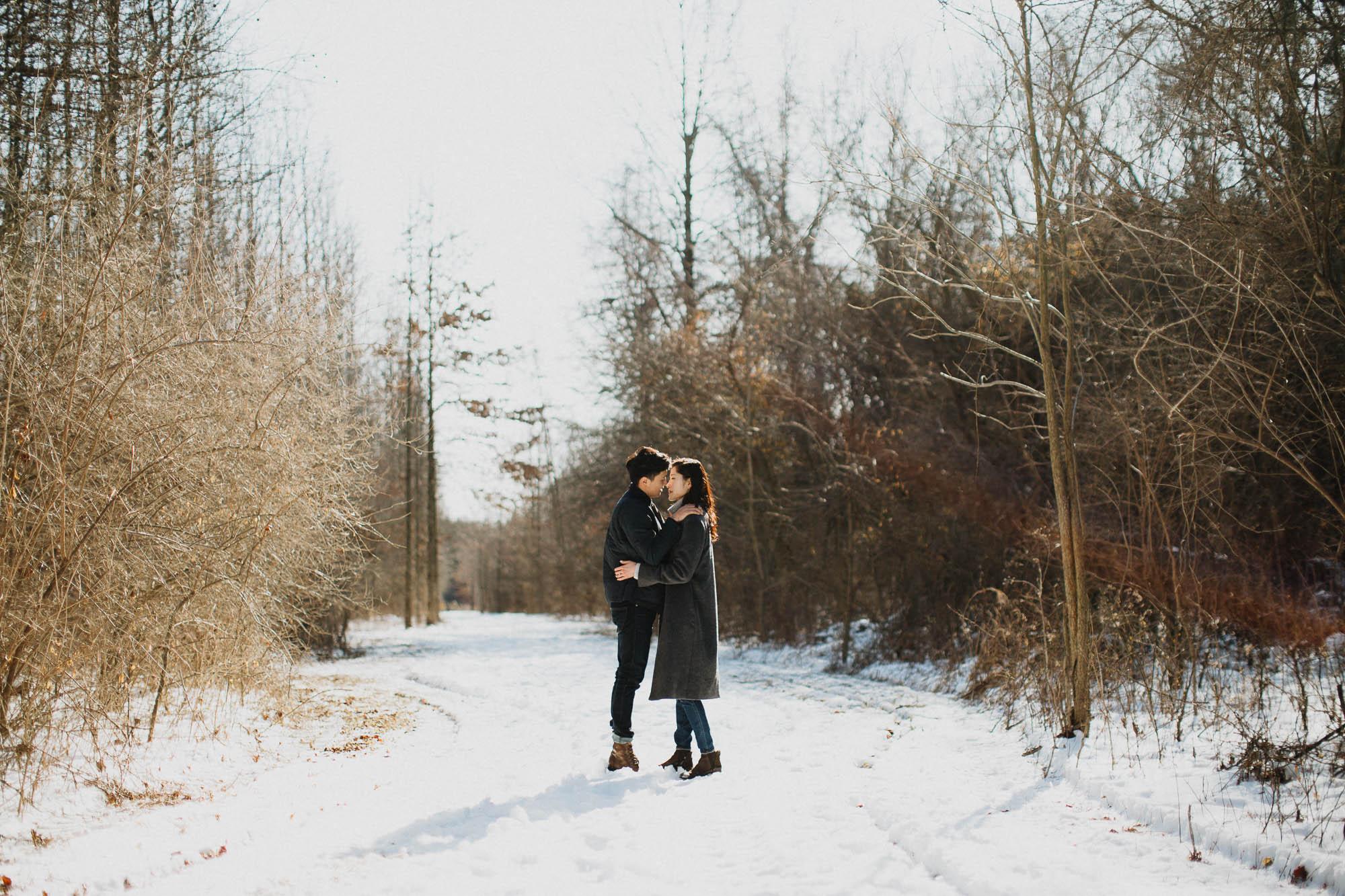 Joy-David-Walnut-Woods-Metropark-Engagement-Columbus-Ohio-012.jpg