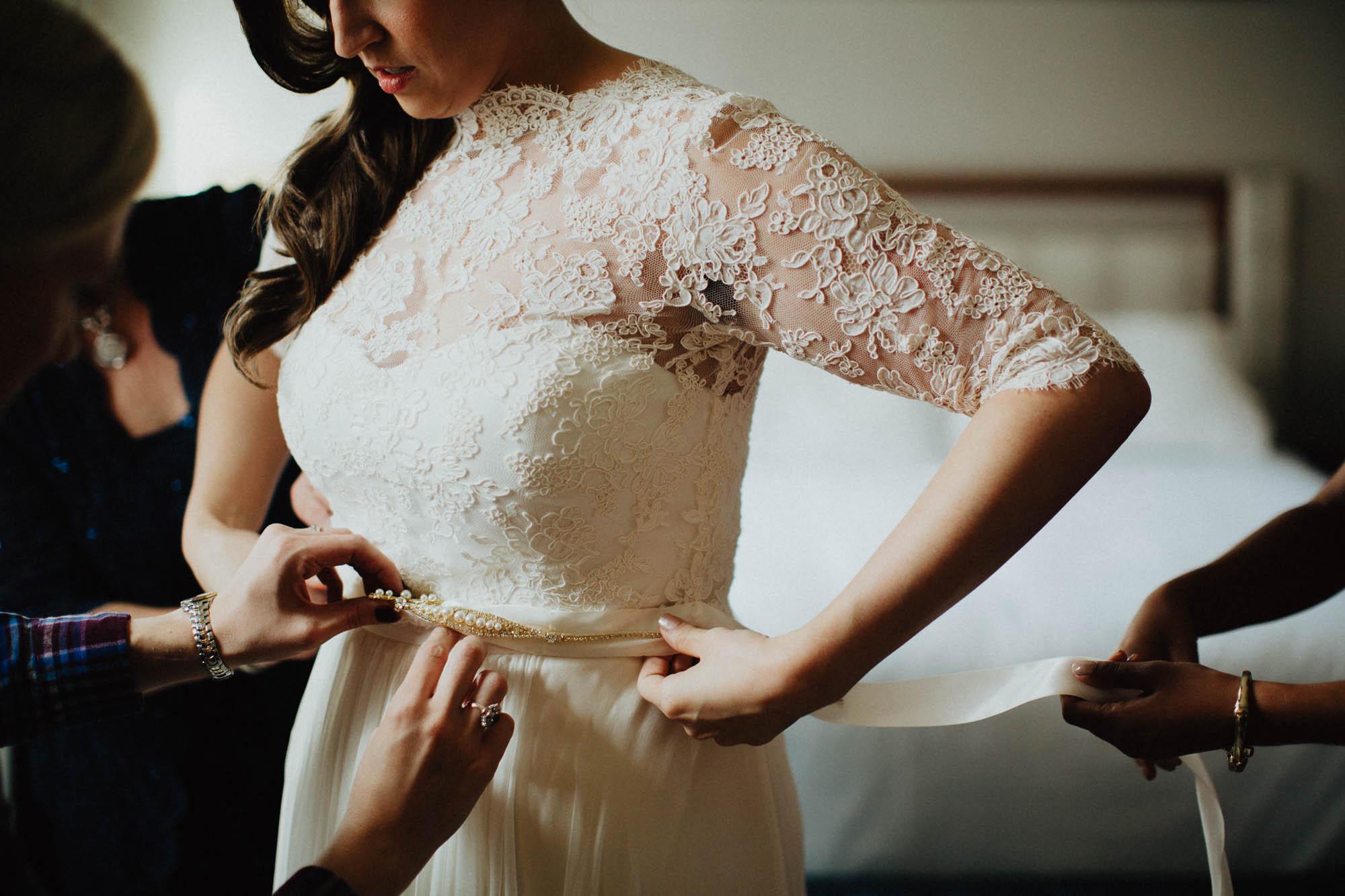 Highline-Car-House-Wedding-Columbus-Kristin-Aaron-014.jpg