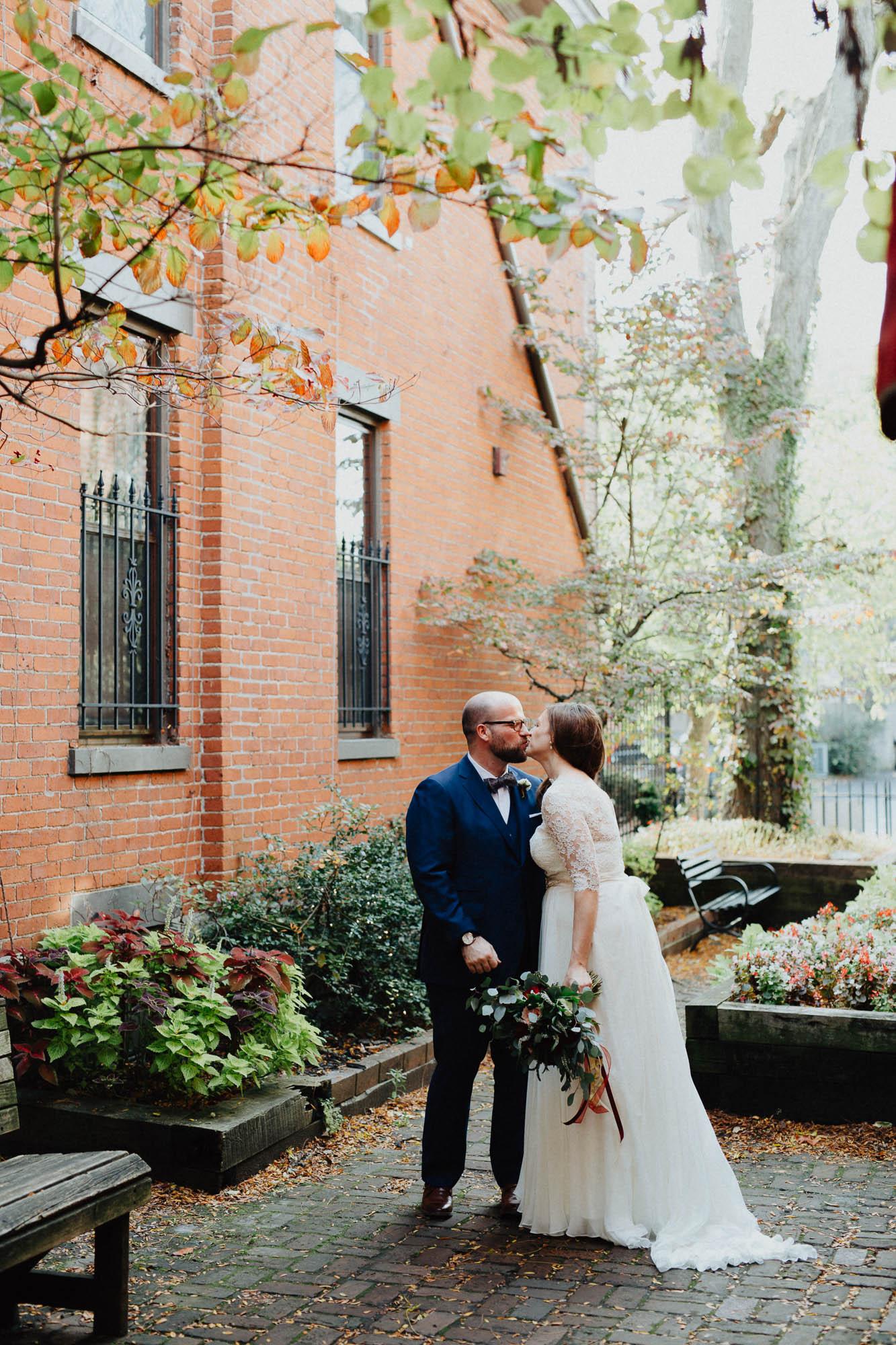 Highline-Car-House-Wedding-Columbus-Kristin-Aaron-027.jpg