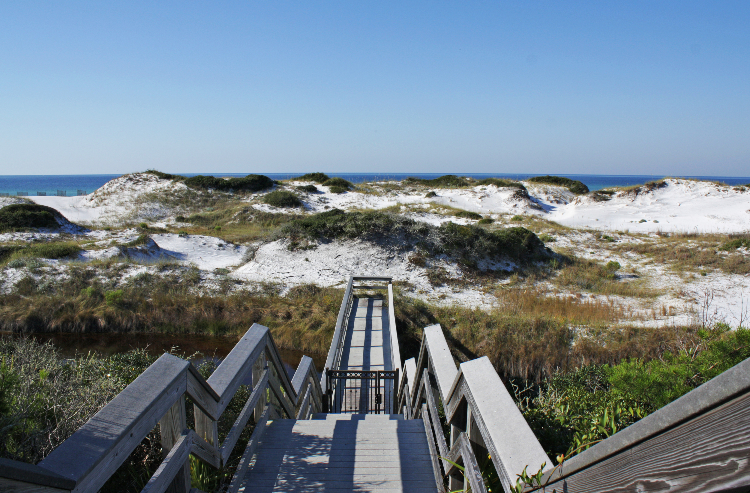 Retreat_Beach_Walk_to_Dunes.jpg