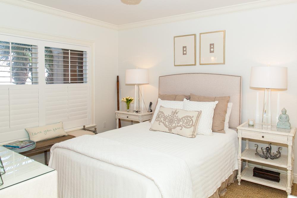 Bella Vita B107 Guest Bedroom