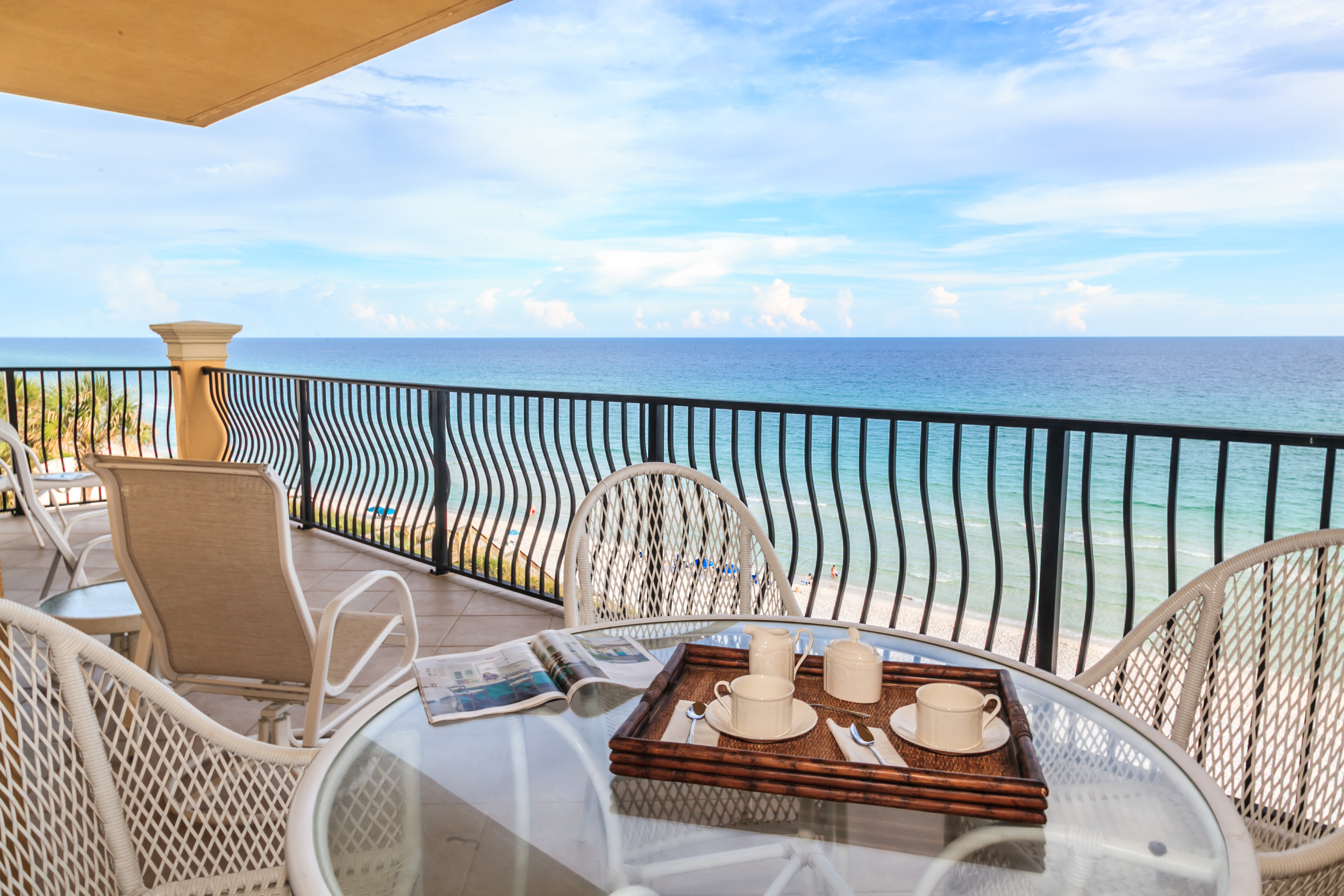Adagio Penthouse A401 Gufl front balcony