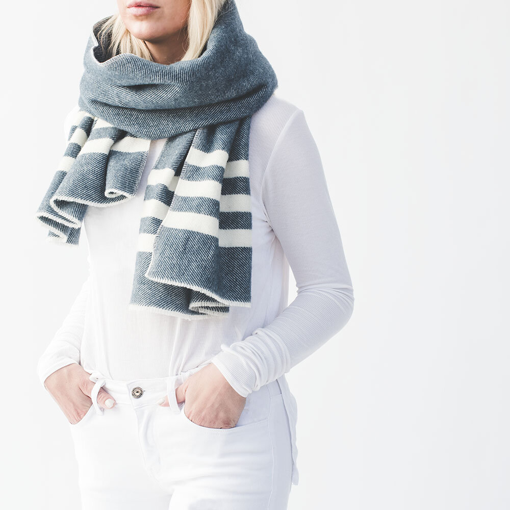 trapper scarf front.jpg