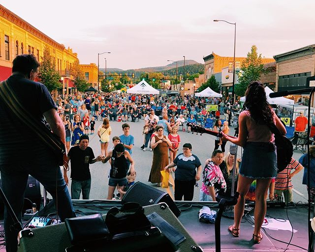 Still in love with Spearfish and everybody who came out to our show last week. One of THE most BEAUTIFUL views on stage. ❤️