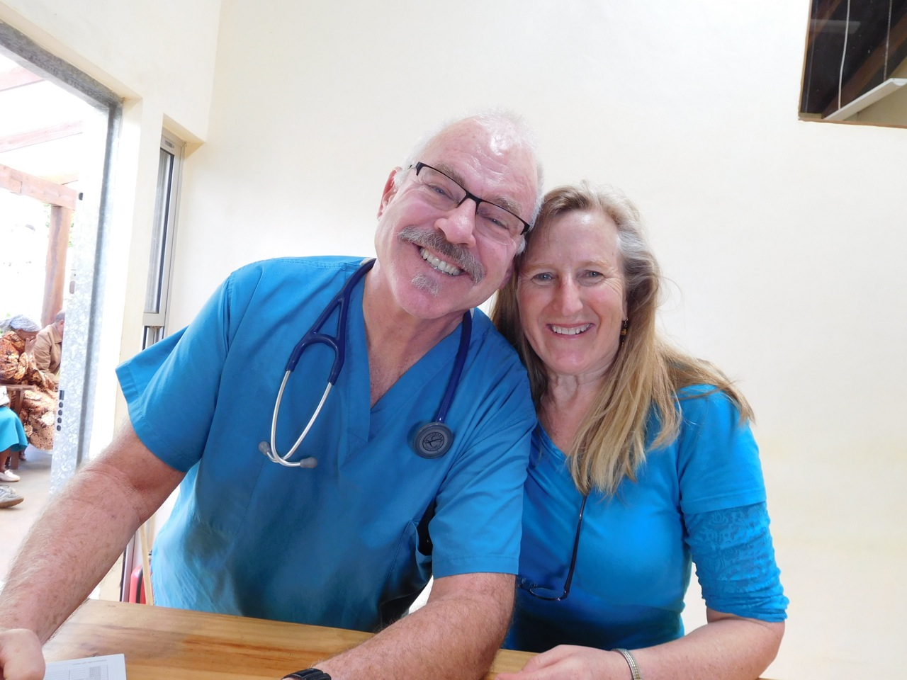 Dr. Frank and Dr. Loie in outpatient clinic