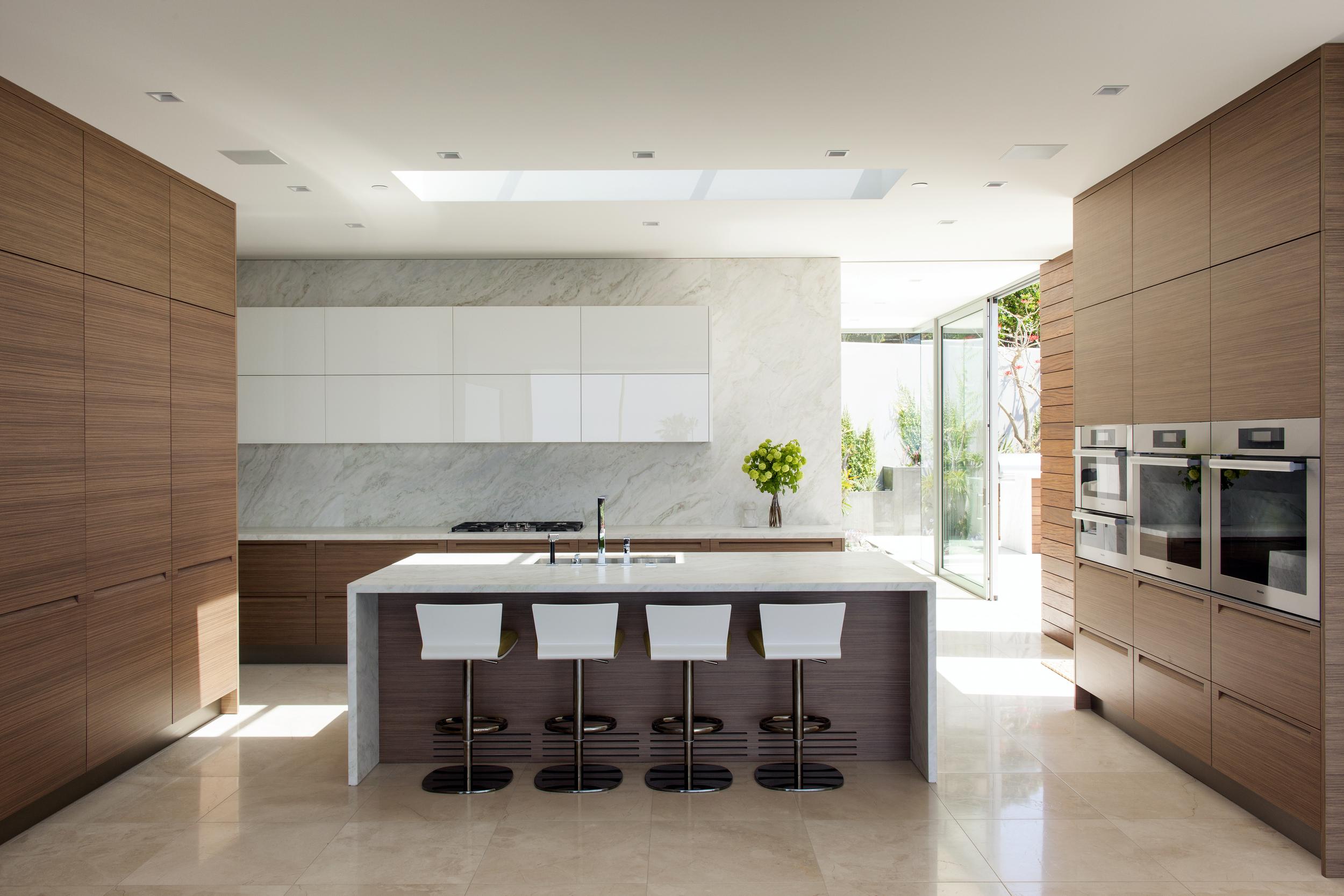 Snyder Diamond Takashi Yanai kitchen.jpg