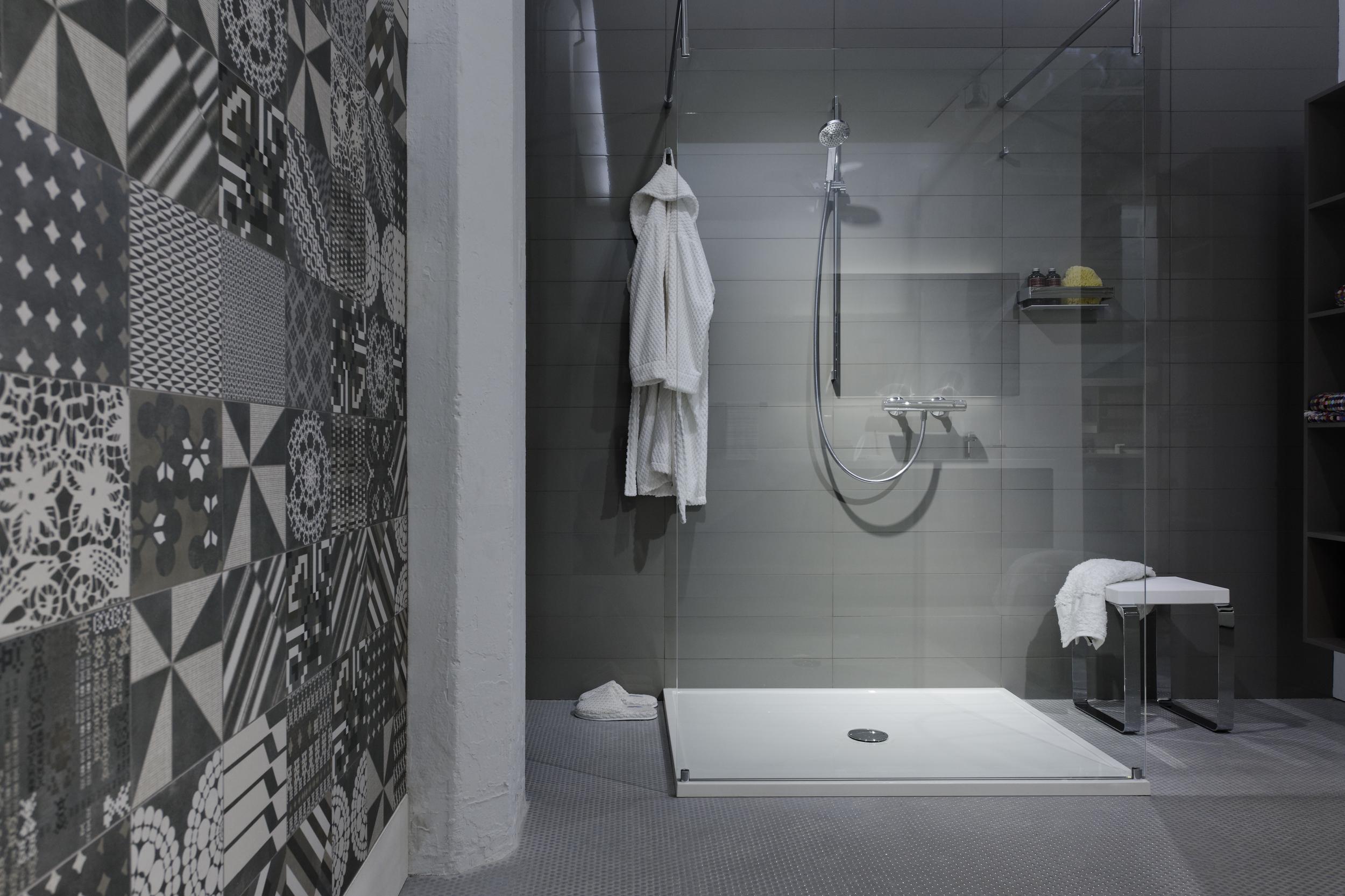 Wetstyle shower 2.jpg