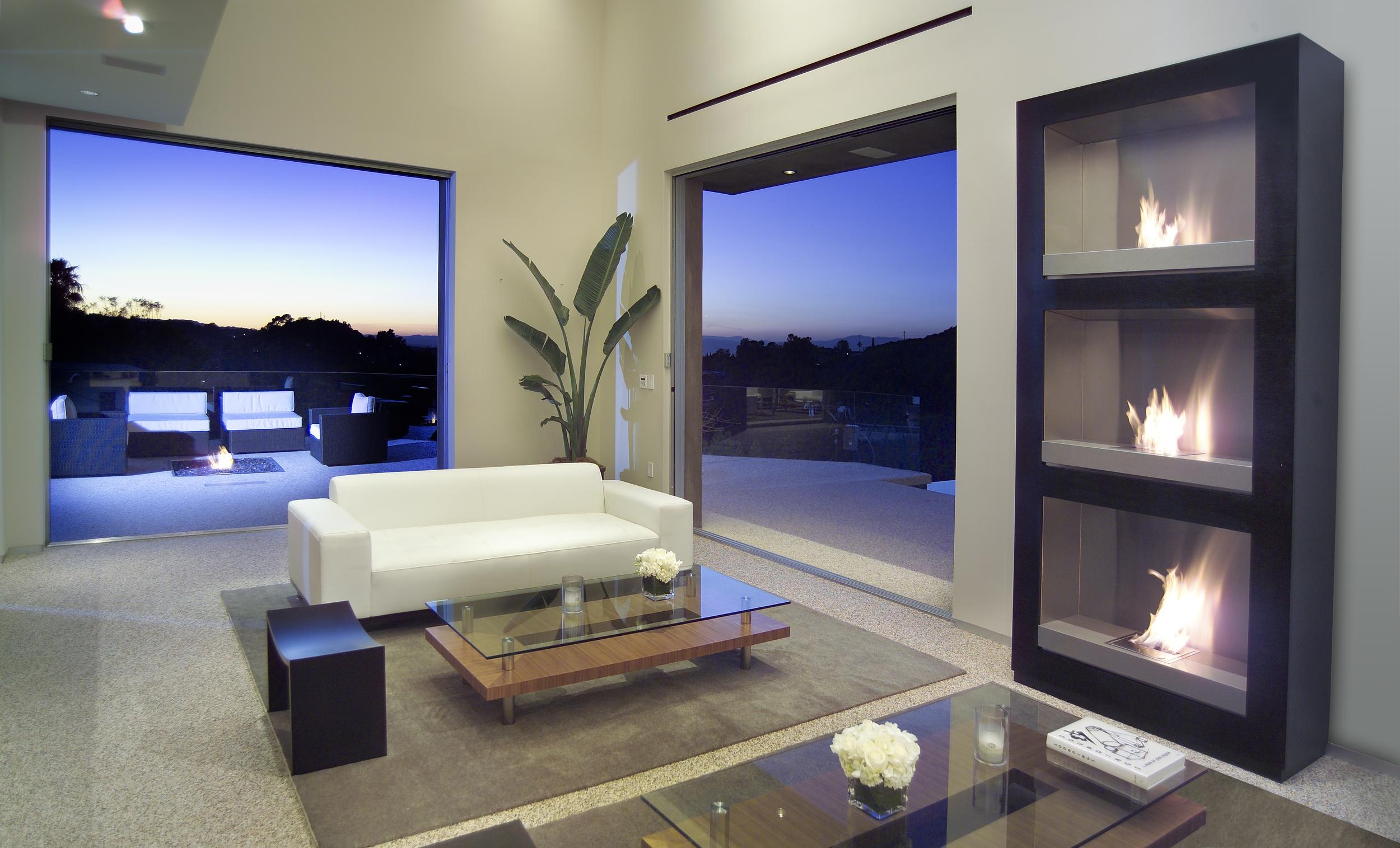 An indoor-outdoor design by Laurie Haefele